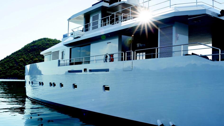 alyssa-motor-yacht-tansu-2014-39m-exterior-detail