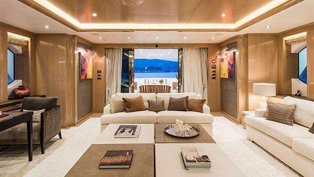 atomic-motor-yacht-sunrise-2014-45m-saloon
