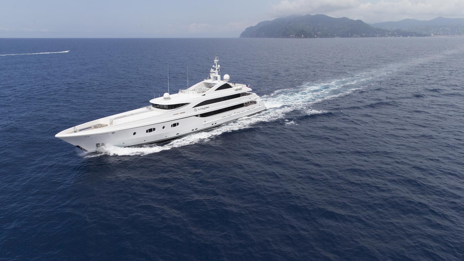 turquoise-motor-yacht-2011-45m-cruising
