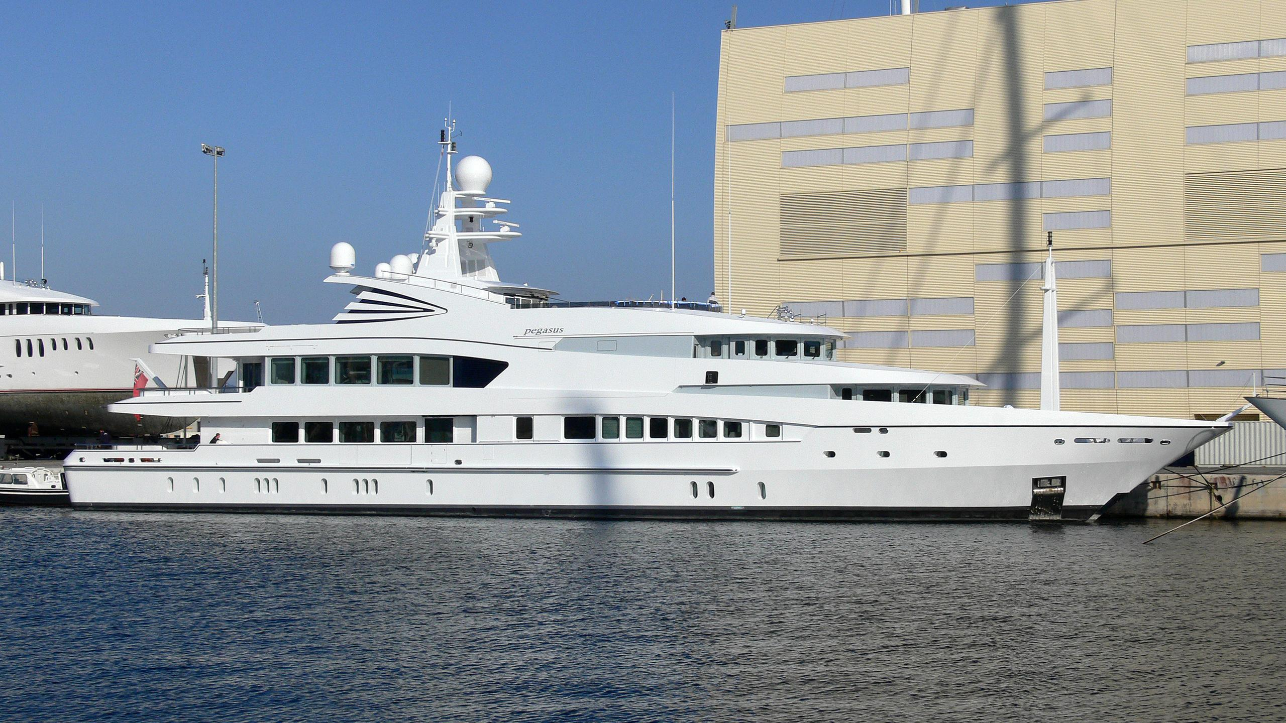 sea-pearl-motor-yacht-oceanco-2004-60m-profile