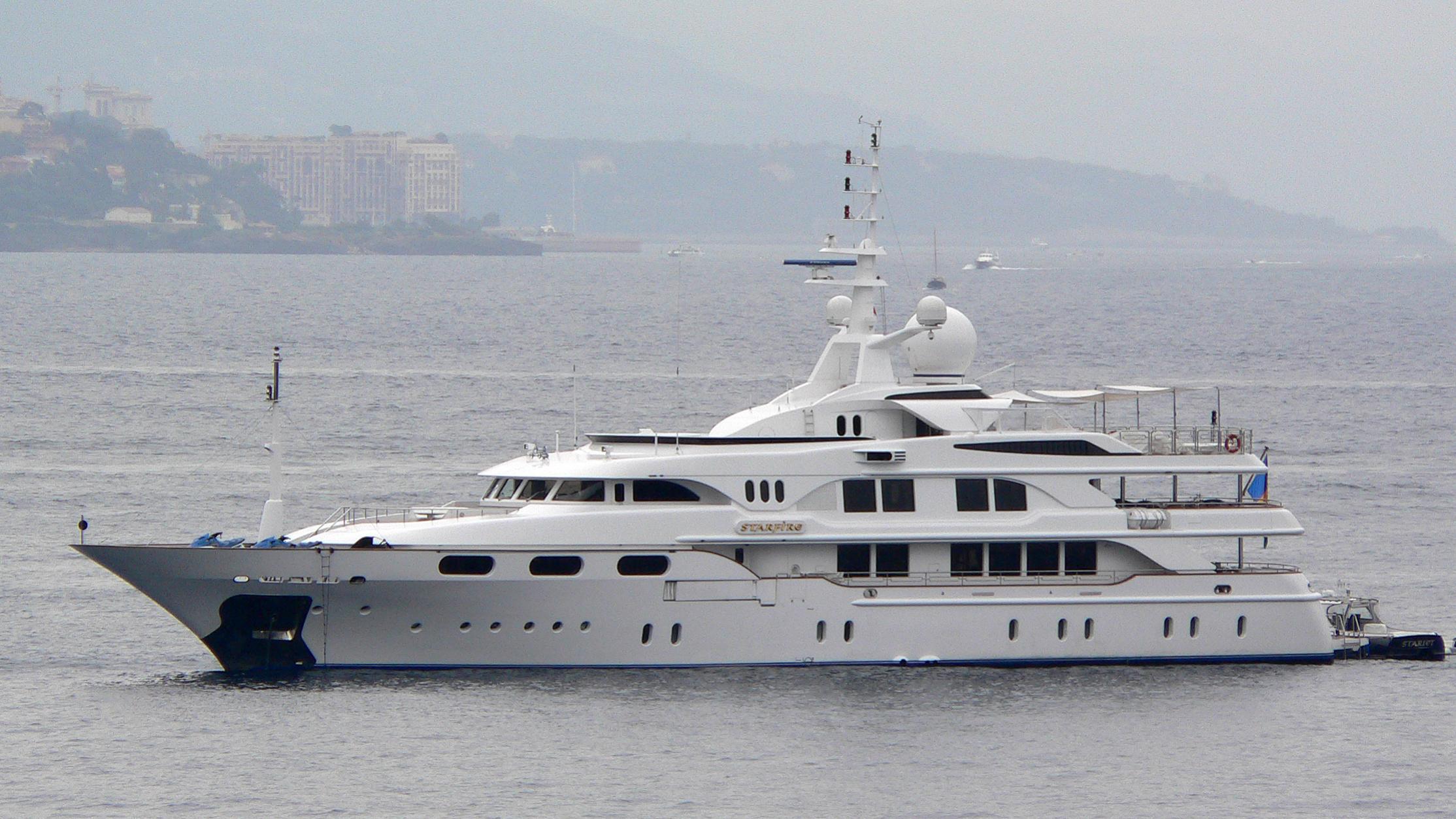 starfire-motor-yacht-benetti-1998-54m-profile