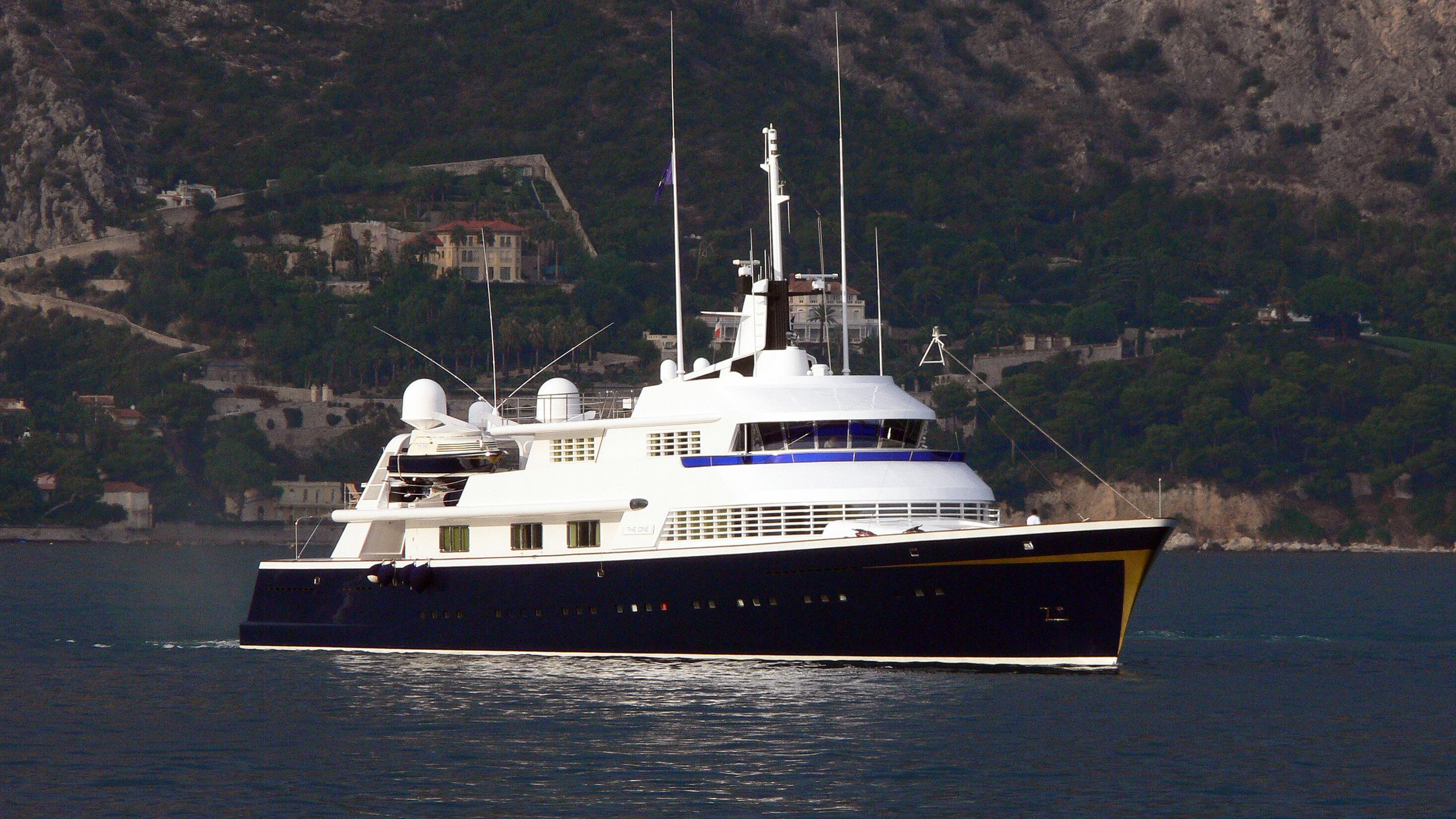 the-one-motor-yacht-lurssen-1973-71m-half-profilethe-one-motor-yacht-lurssen-1973-71m-half-profile
