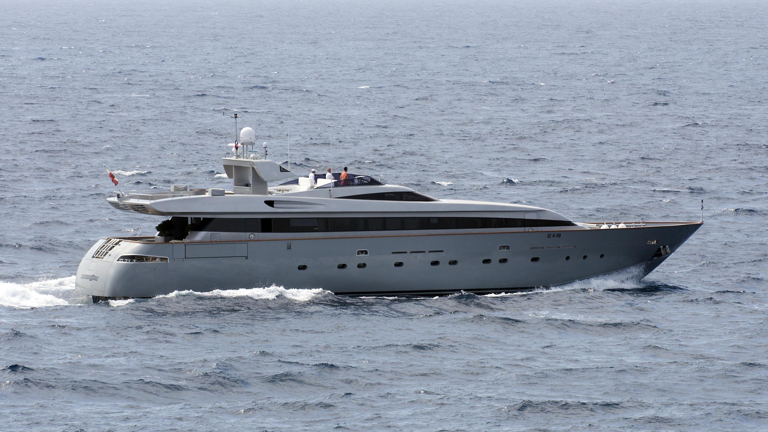 thunderball-motor-yacht-baglietto-2001§-34m-cruising