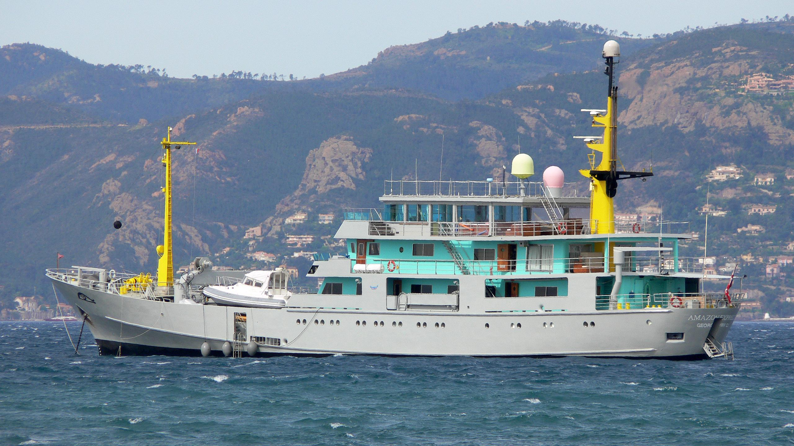 amazon-express-explorer-yacht-arsenale-venice-1966-67m-profile