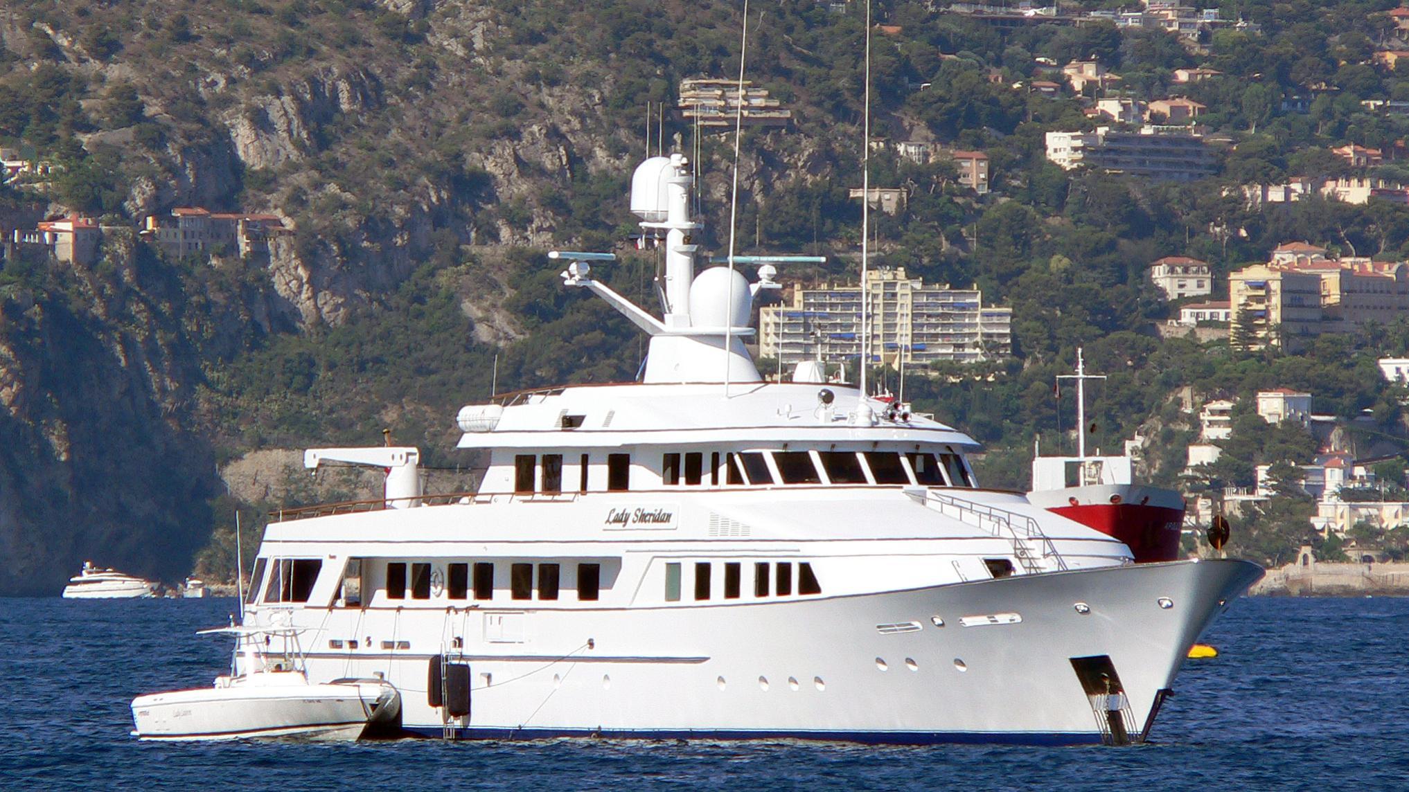 athina-ii-motor-yacht-feadship-1988-45m-half-profile