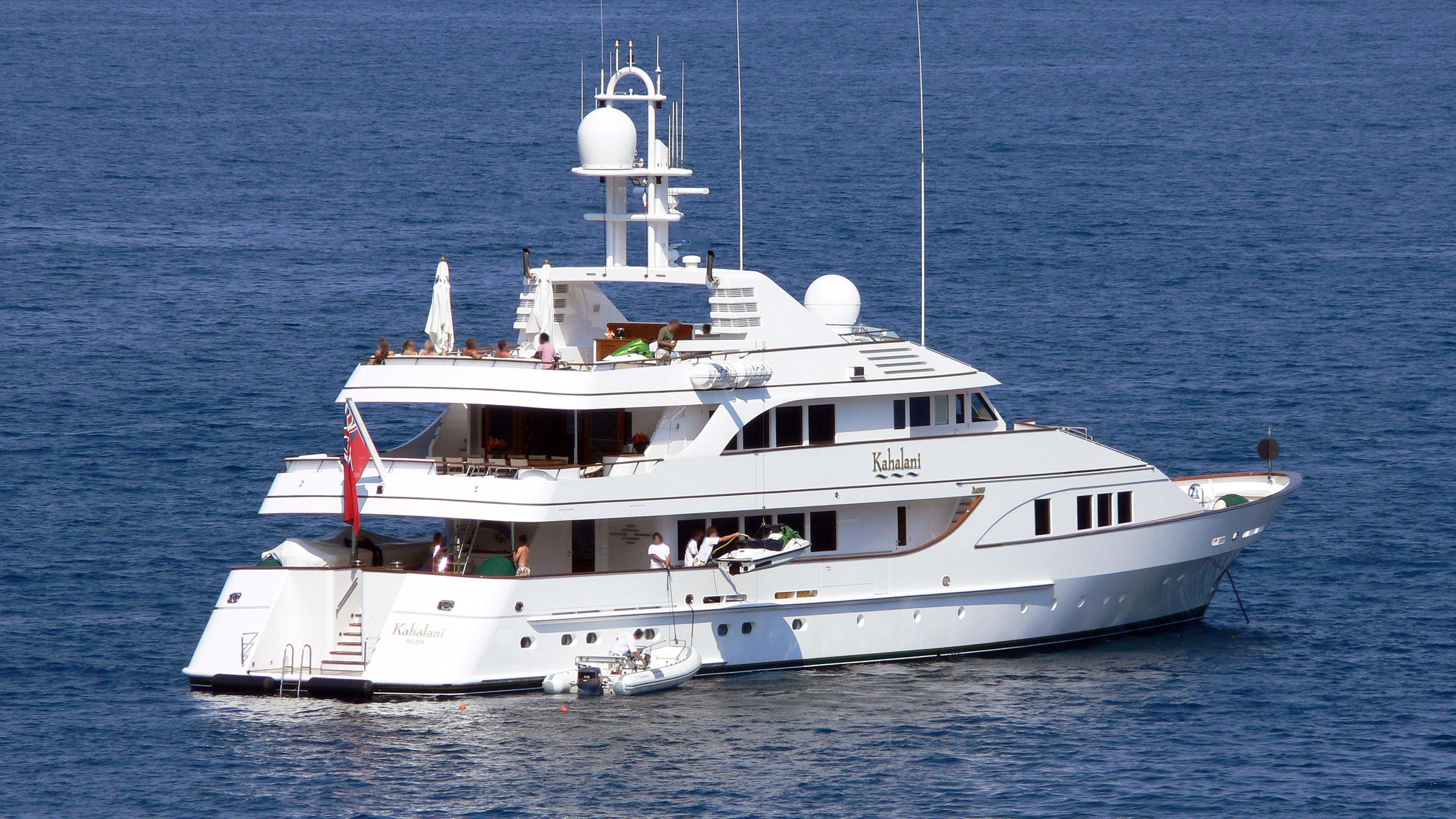 eclipse-motor-yacht-feadship-1993-43m-stern