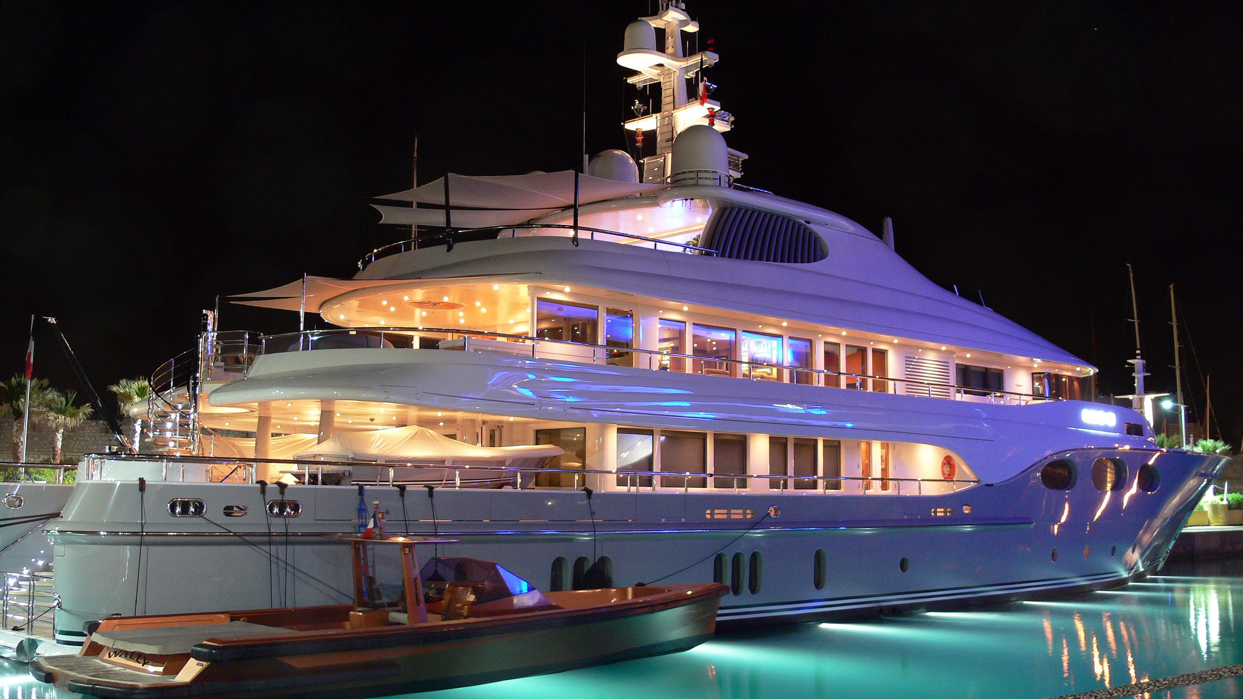 fortunate-sun-motor-yacht-oceanfast-2003-54m-by-night