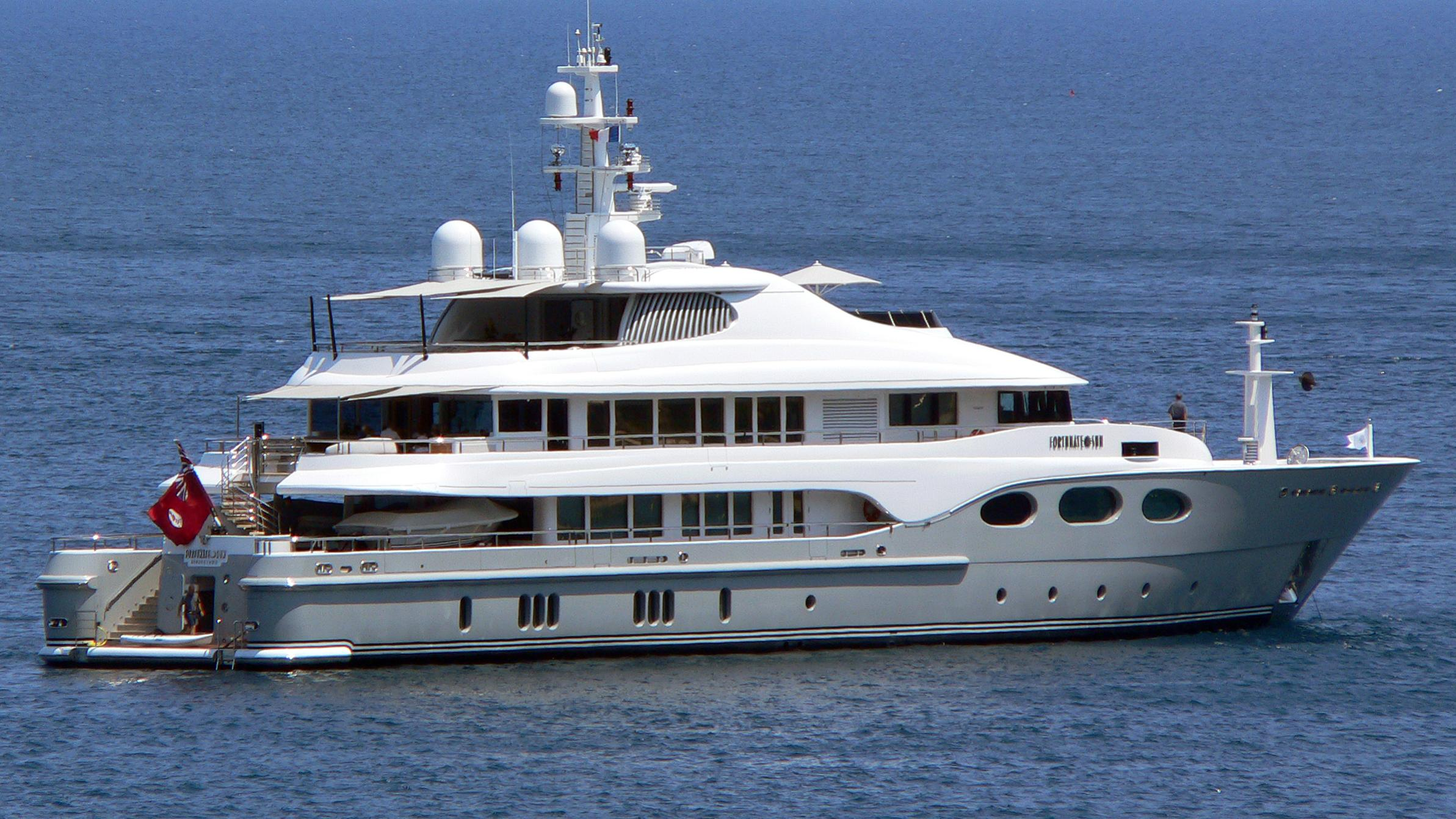 fortunate-sun-motor-yacht-oceanfast-2003-54m-blue-sea