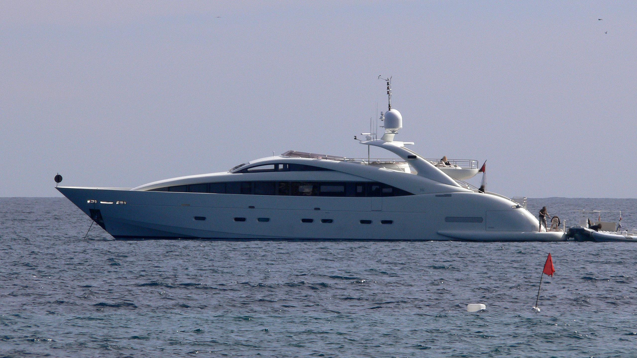 happy-hour-motor-yacht-isa-120-2005-37m-profile