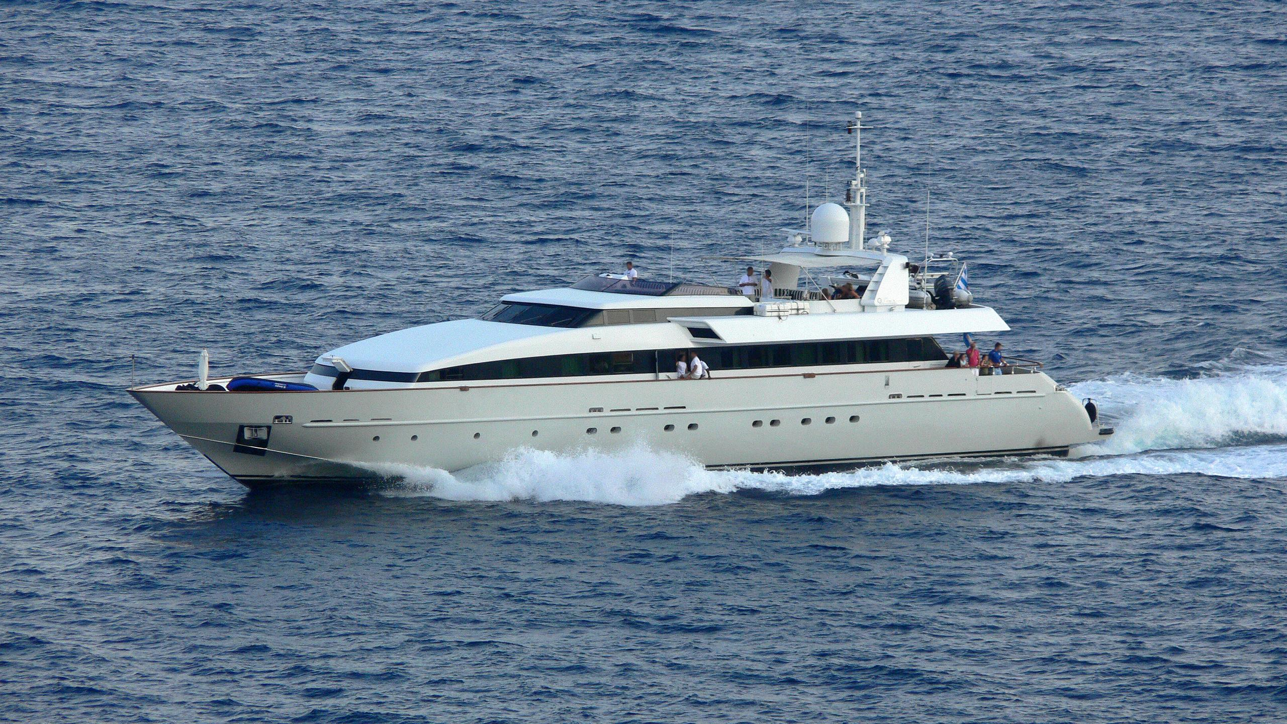hemilea-motor-yacht-baglietto-1992-41m-cruising