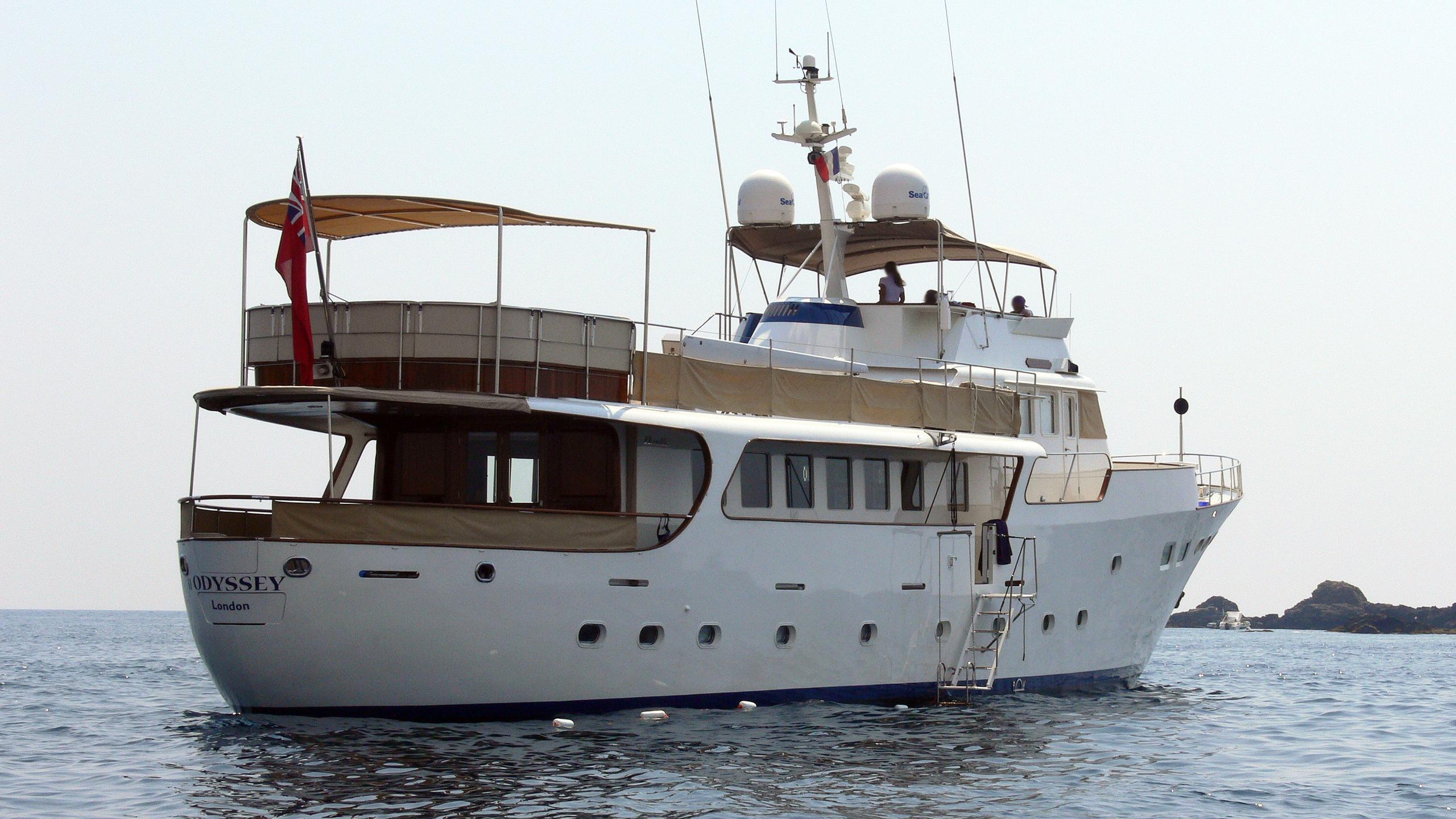 il-odyssey-motor-yacht-benetti-mediterraneo-1967-33m-stern