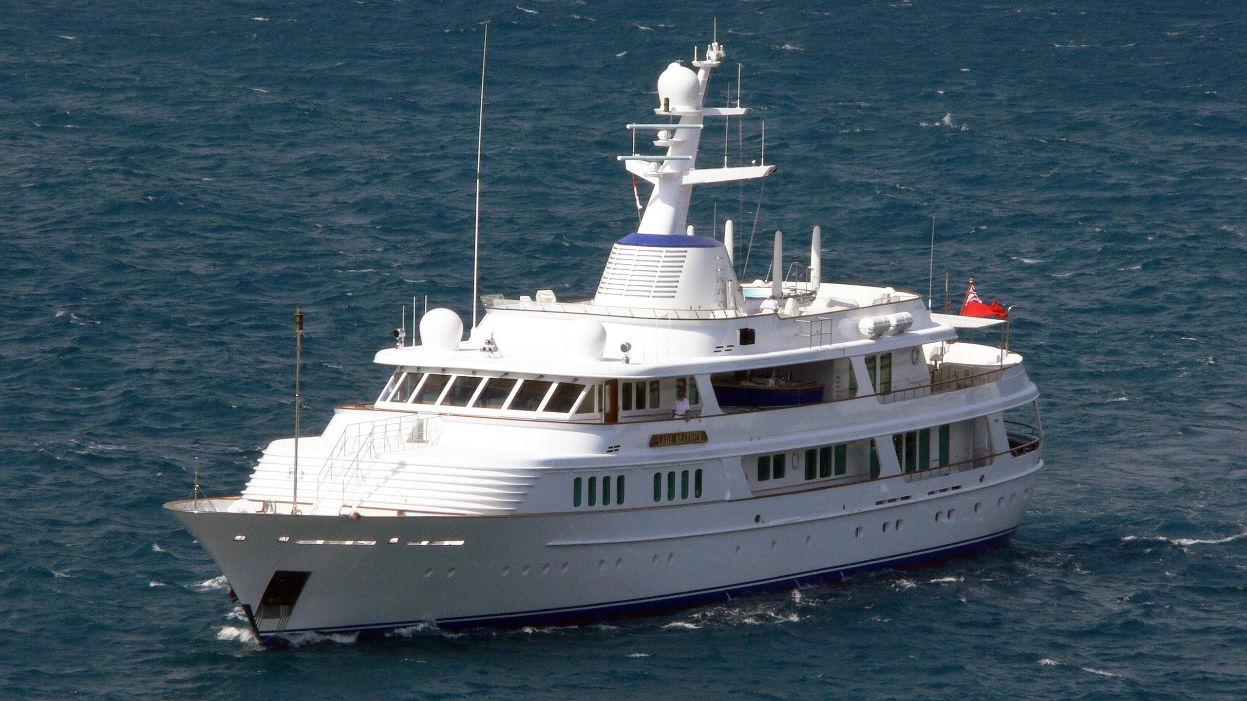lady-beatrice-motor-yacht-feadship-1993-60m-cruising-half-profile