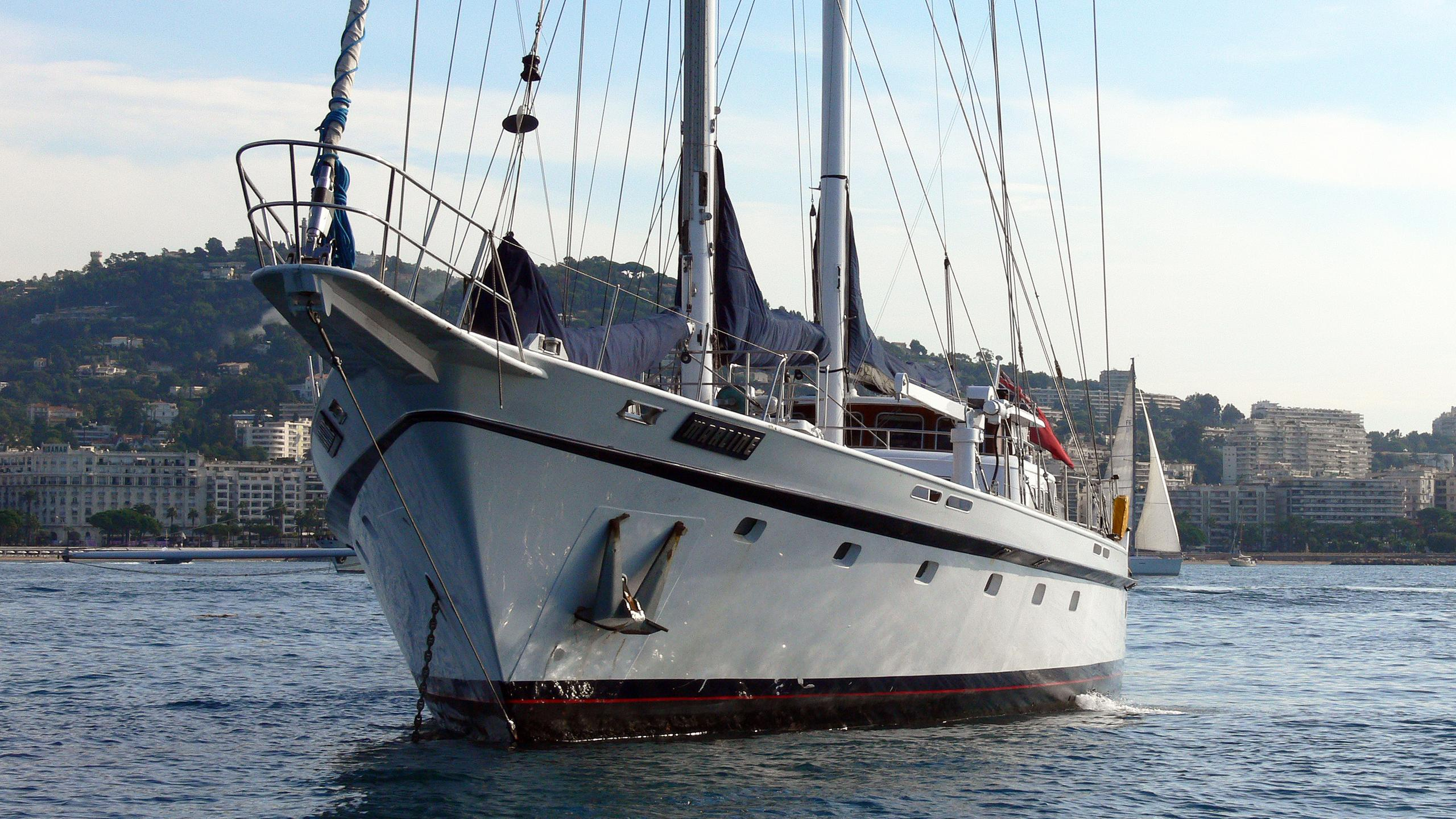 marline-sailing-yacht-cammenga-1974-36m-bow