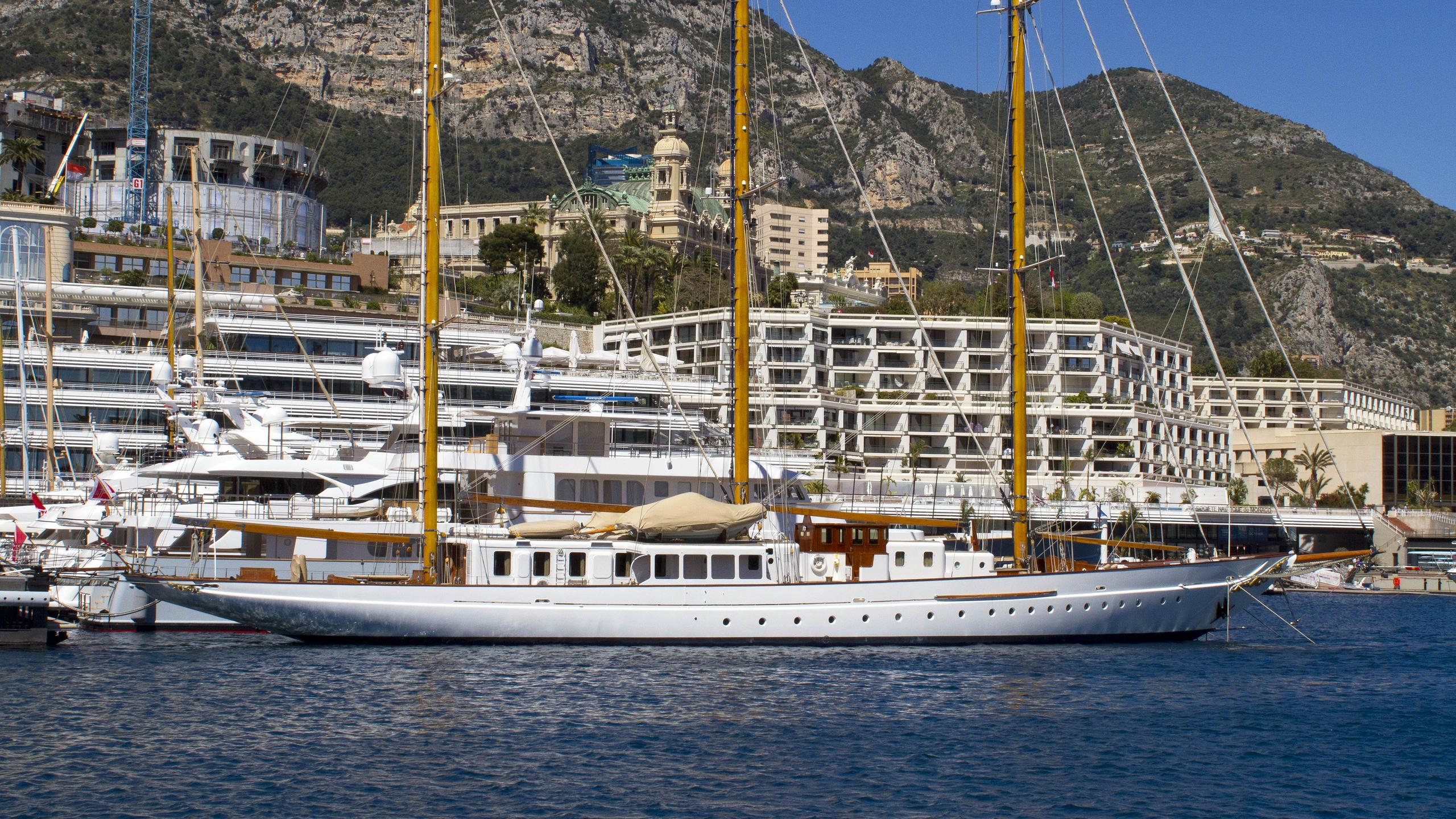 fleurtje-sailing-yacht-de-vries-lentsch-1960-57m-profile-after-refit