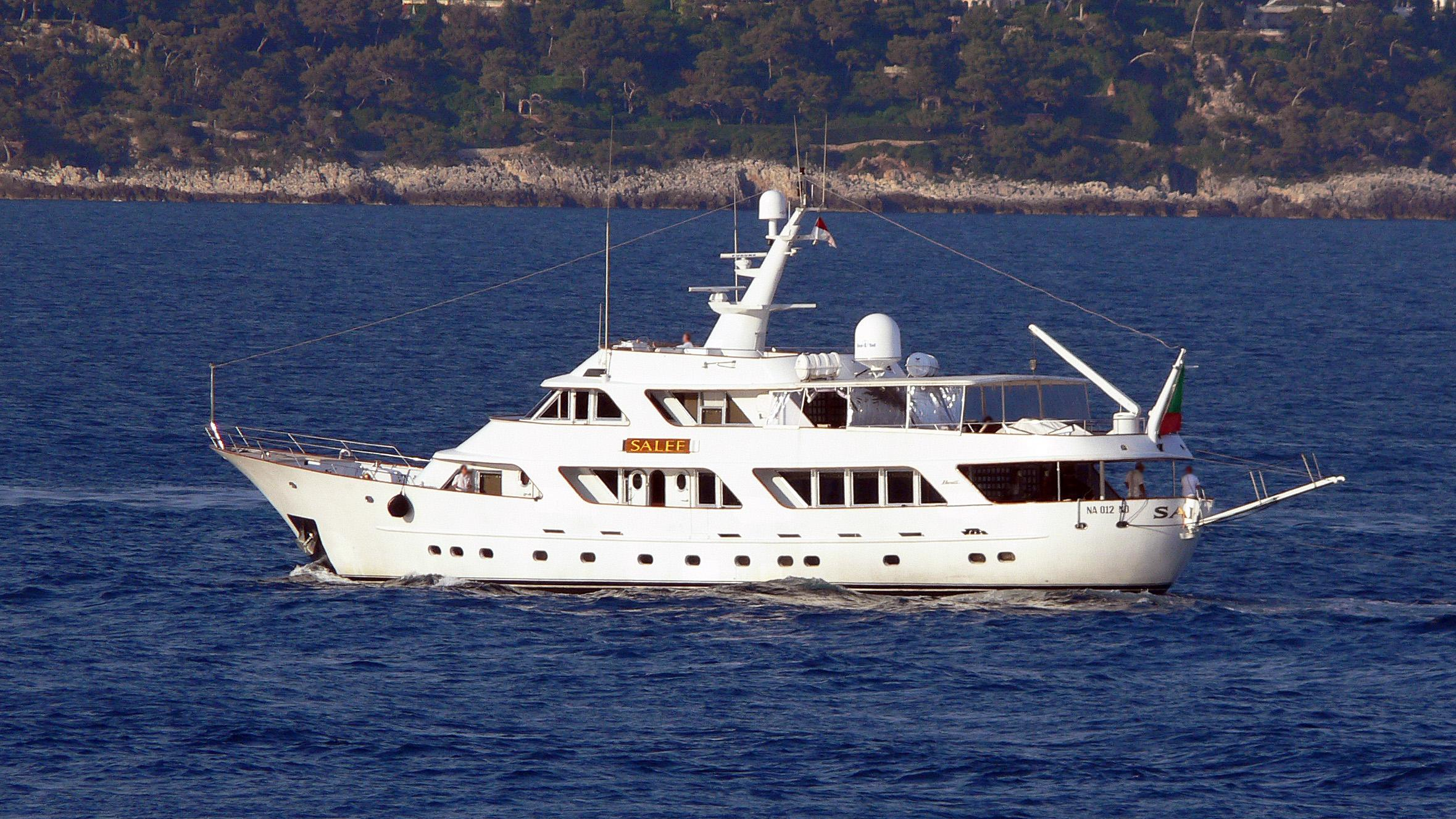 to-je-to-salee-motor-yacht-benetti-1981-35m-profile-stern