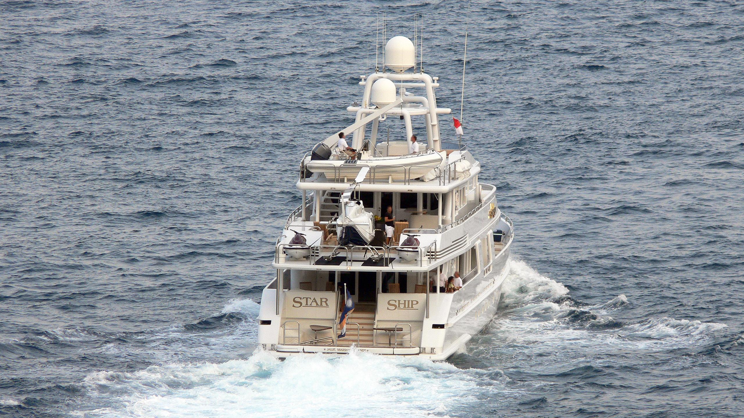 starship-motor-yacht-van-mill-topaz-143-1988-44m-cruising-stern