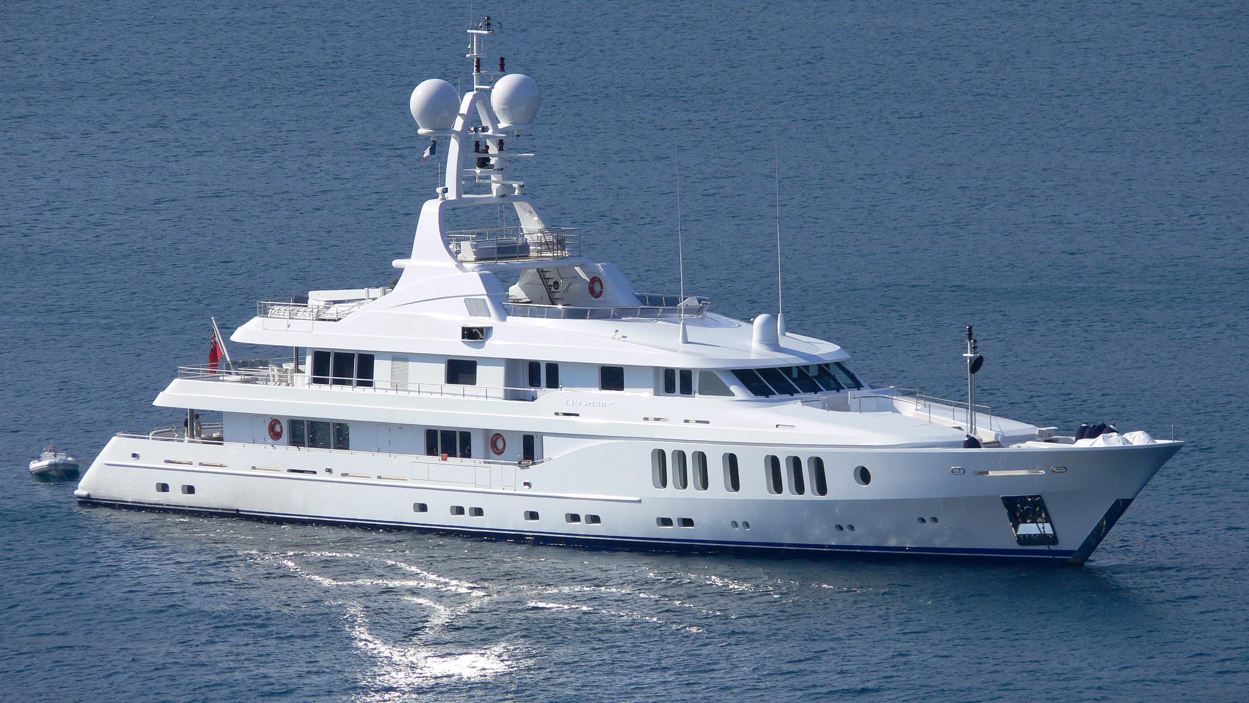 talisman-maiton-motor-yacht-turquoise-2006-54m-half-profile