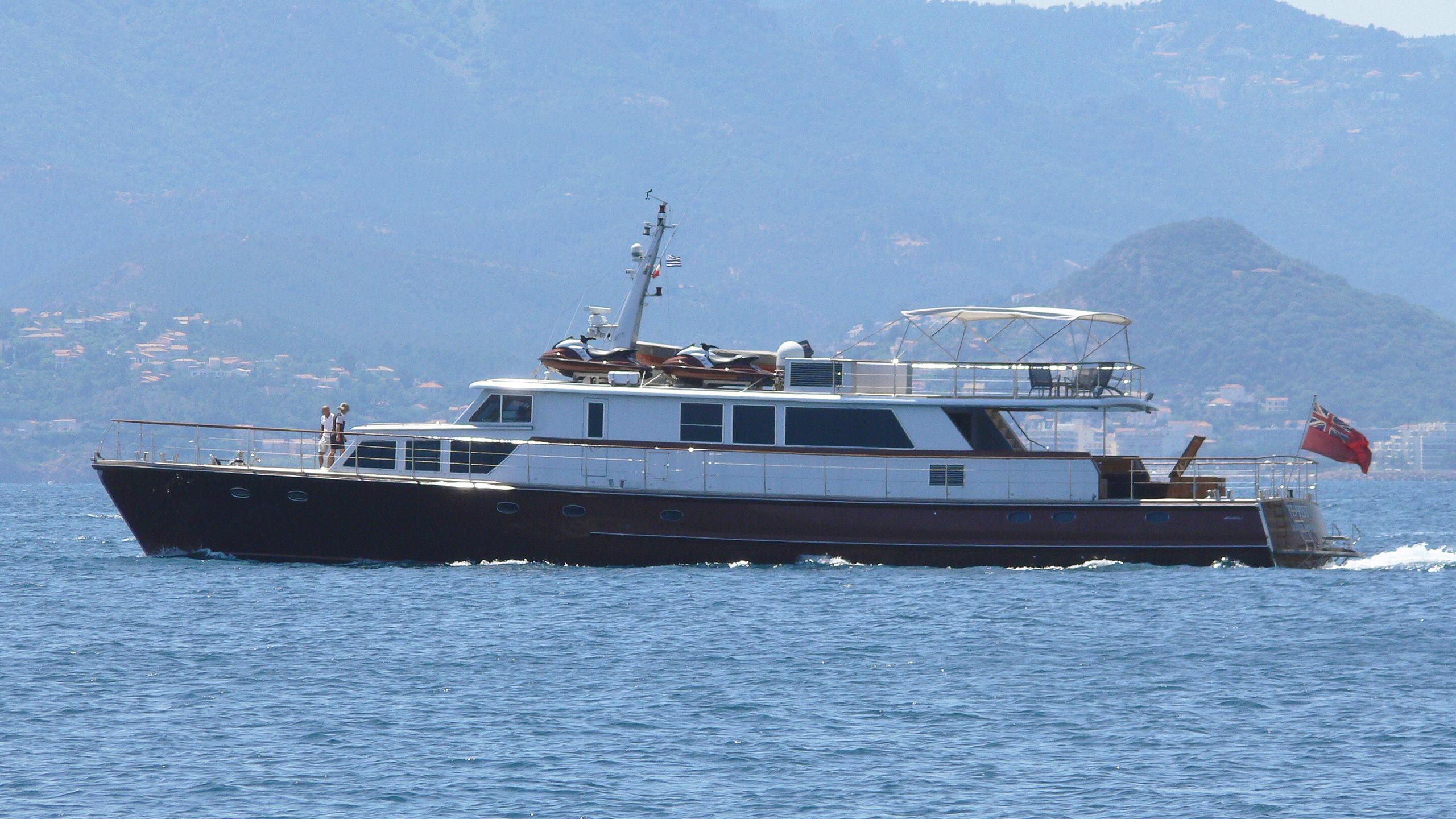 tempest-ws-motor-yacht-esterel-1963-32m-profile
