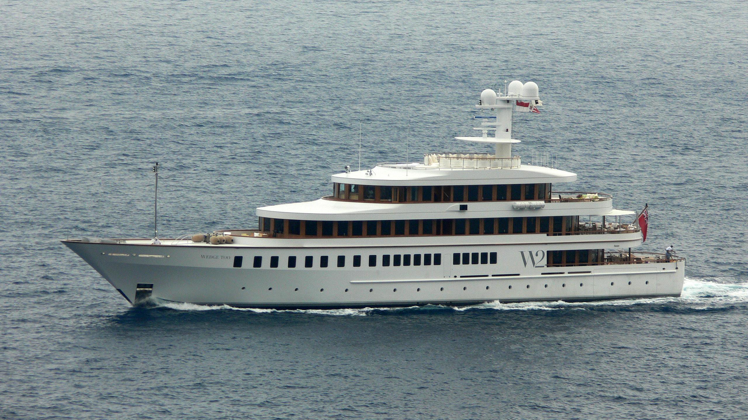 wedge-too-rmotor-yacht-feadship-2002-65m-profile
