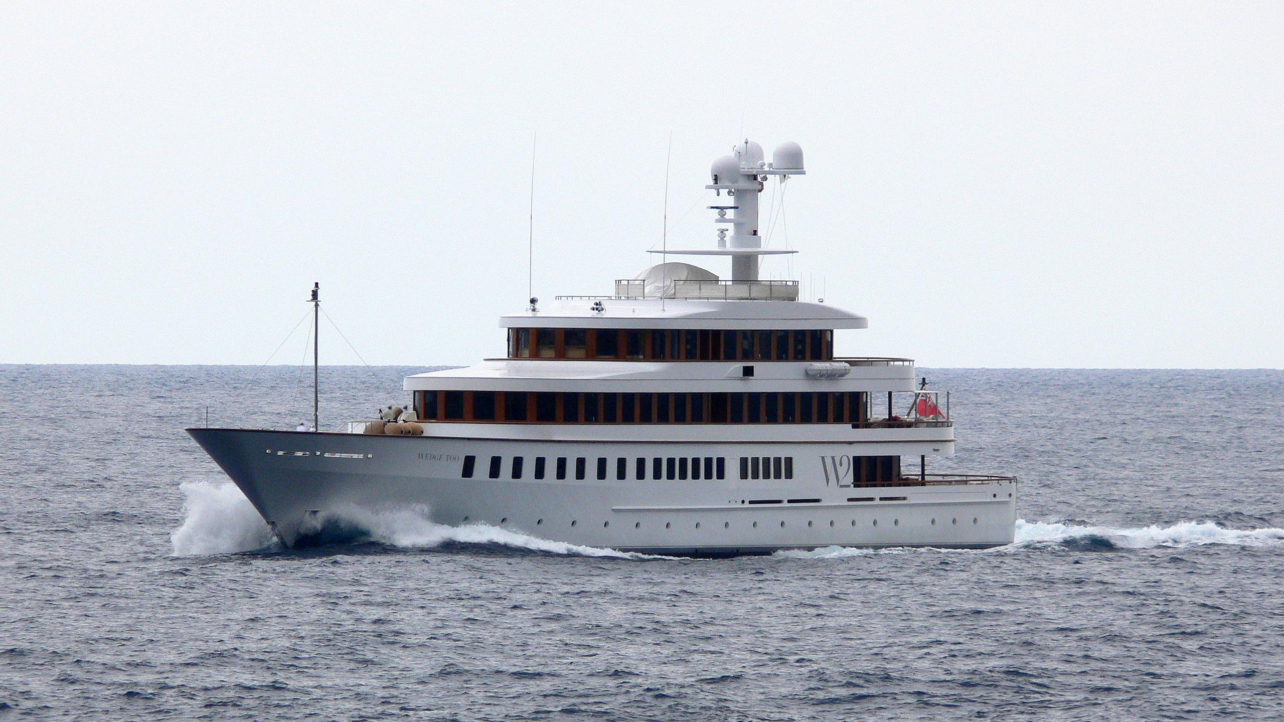 wedge-too-rmotor-yacht-feadship-2002-65m-half-profile