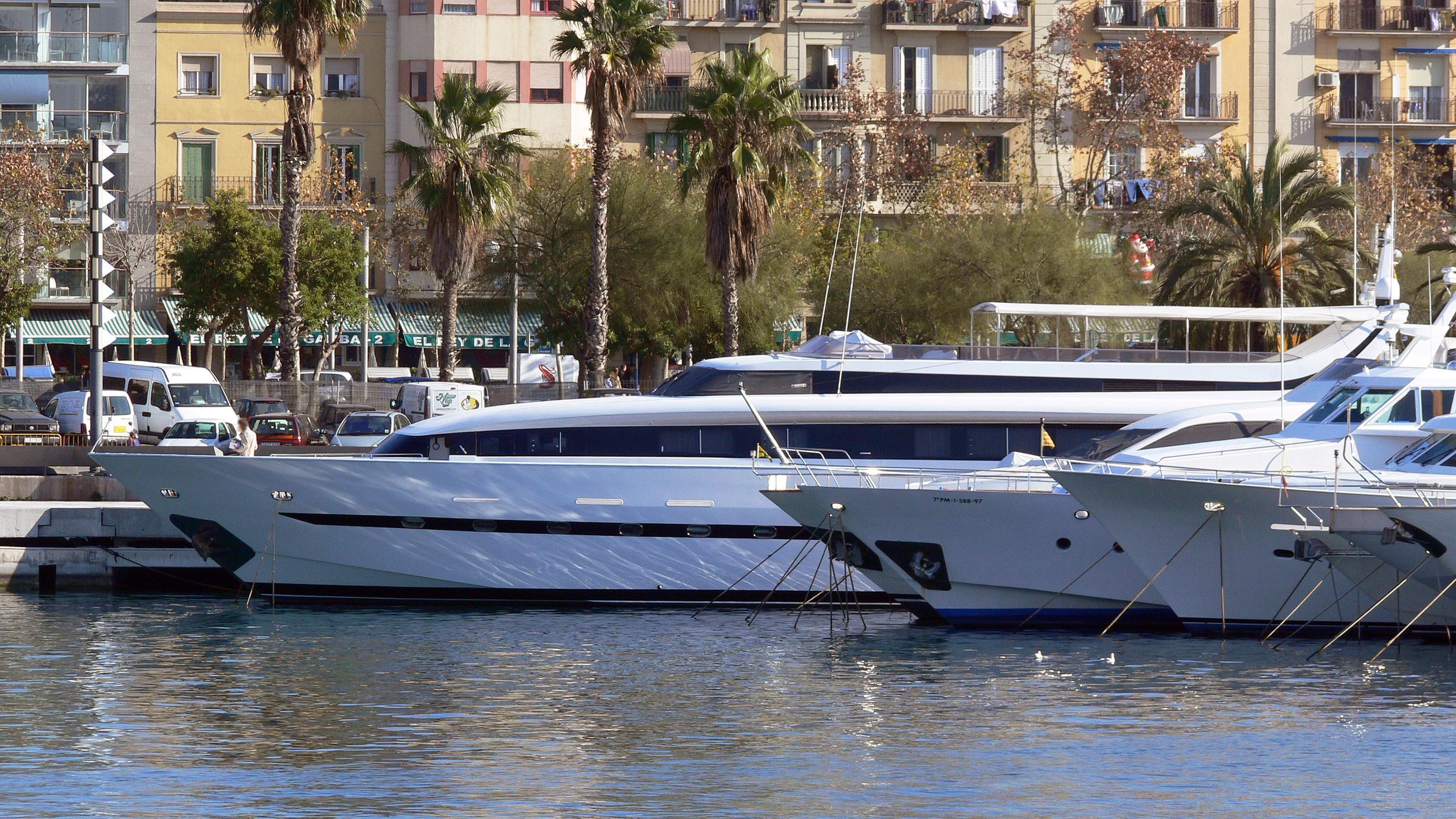 ocean-glass-beyond-the-sea-motor-yacht-mondomarine-1994-35m-profile