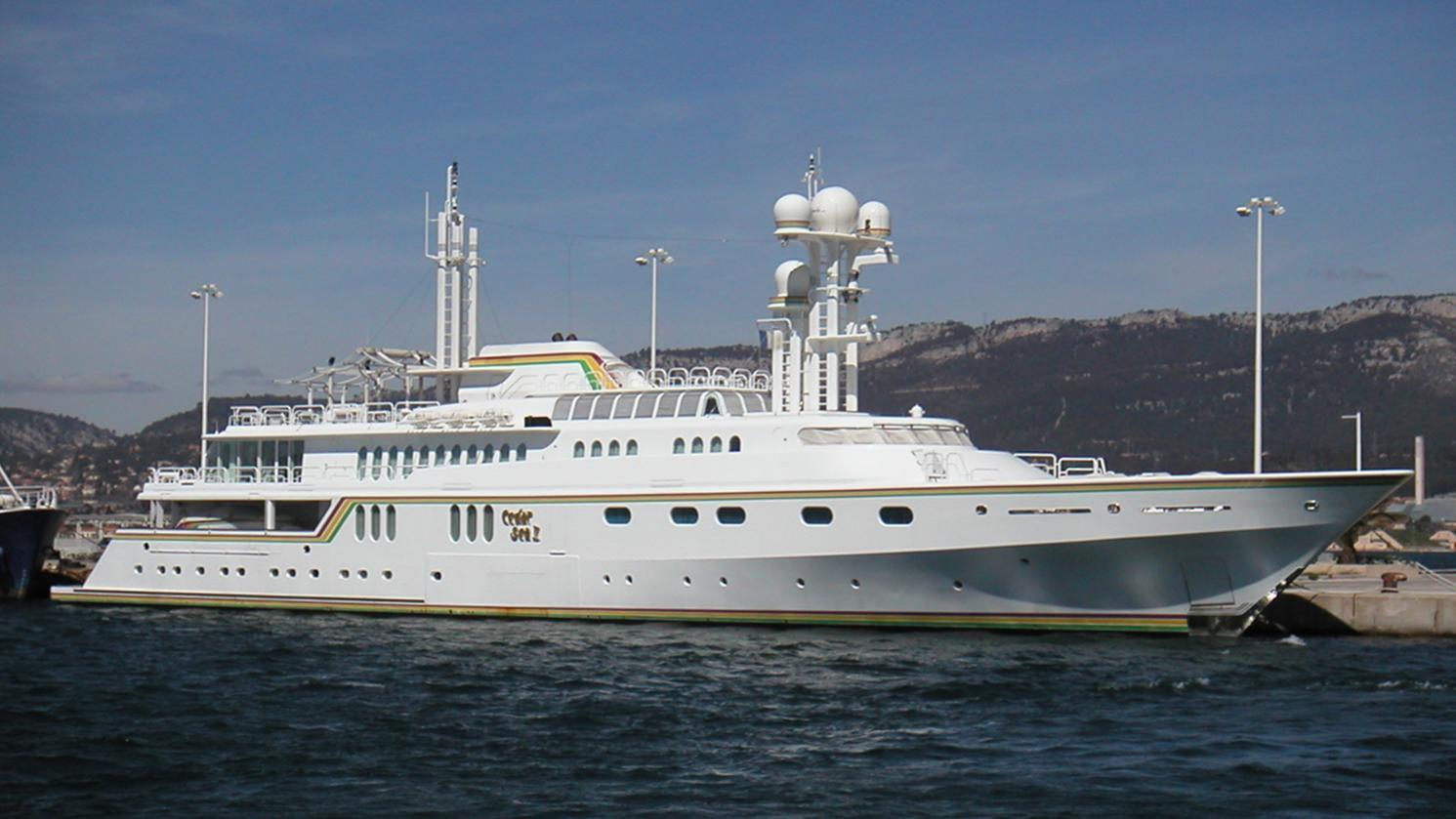 cedar-sea-ii-motor-yacht-feadship-1986-65m-profile