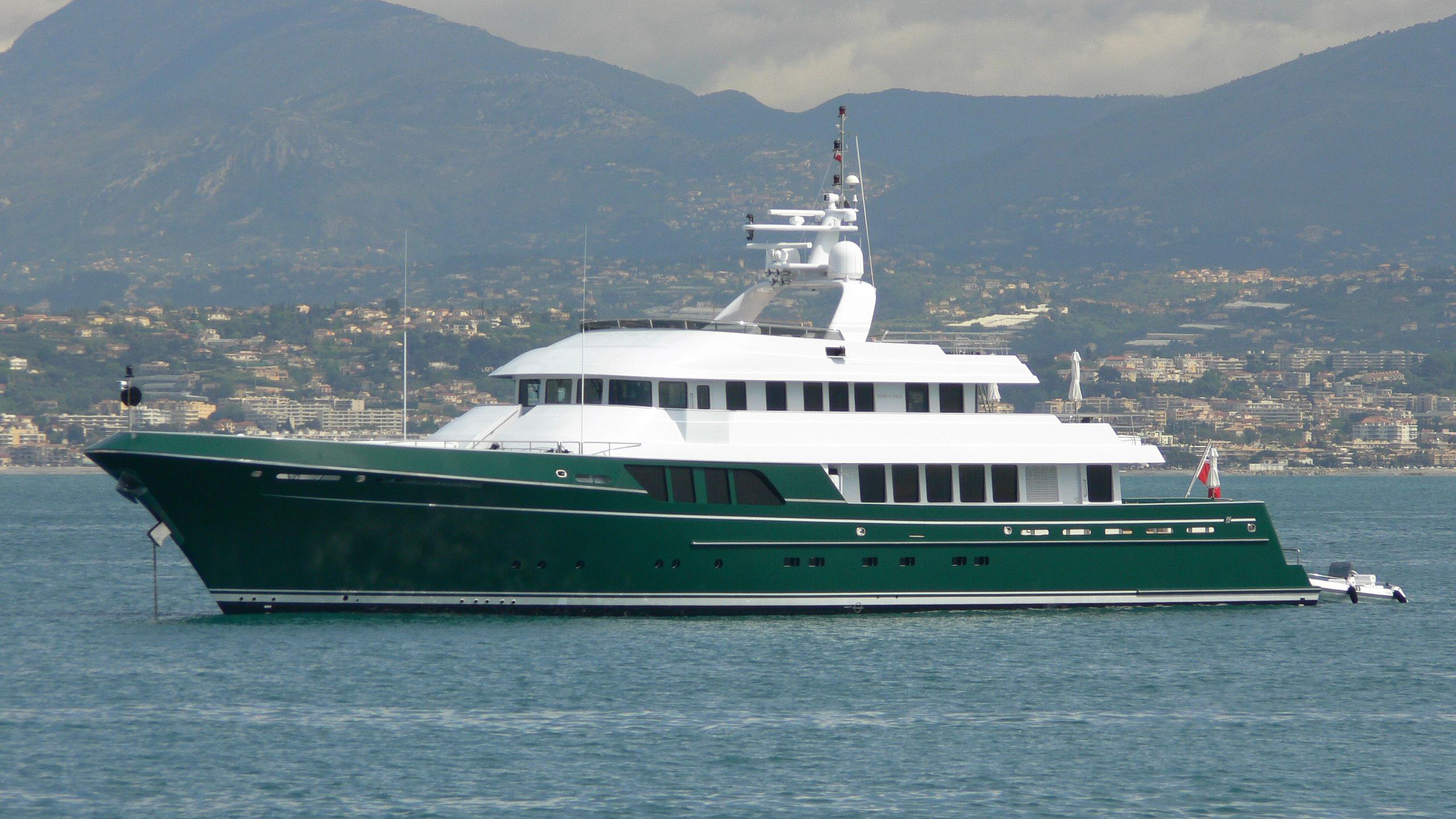 dorothea-iii-transocean-explorer-yacht-cheoy-lee-2007-45m-profile