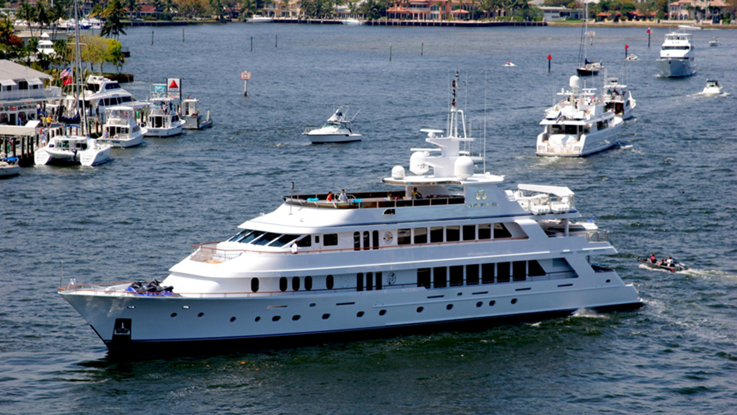 ionian-princess-motor-yacht-christensen-palmer-johnson-savannah-2005-46m-profile
