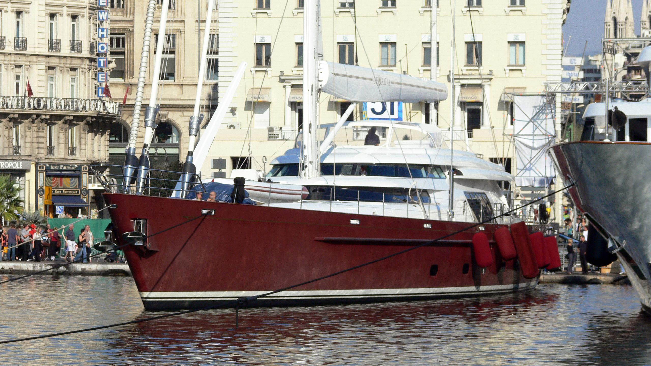 georgia-sailing-yacht-alloy-2000-48m-bow