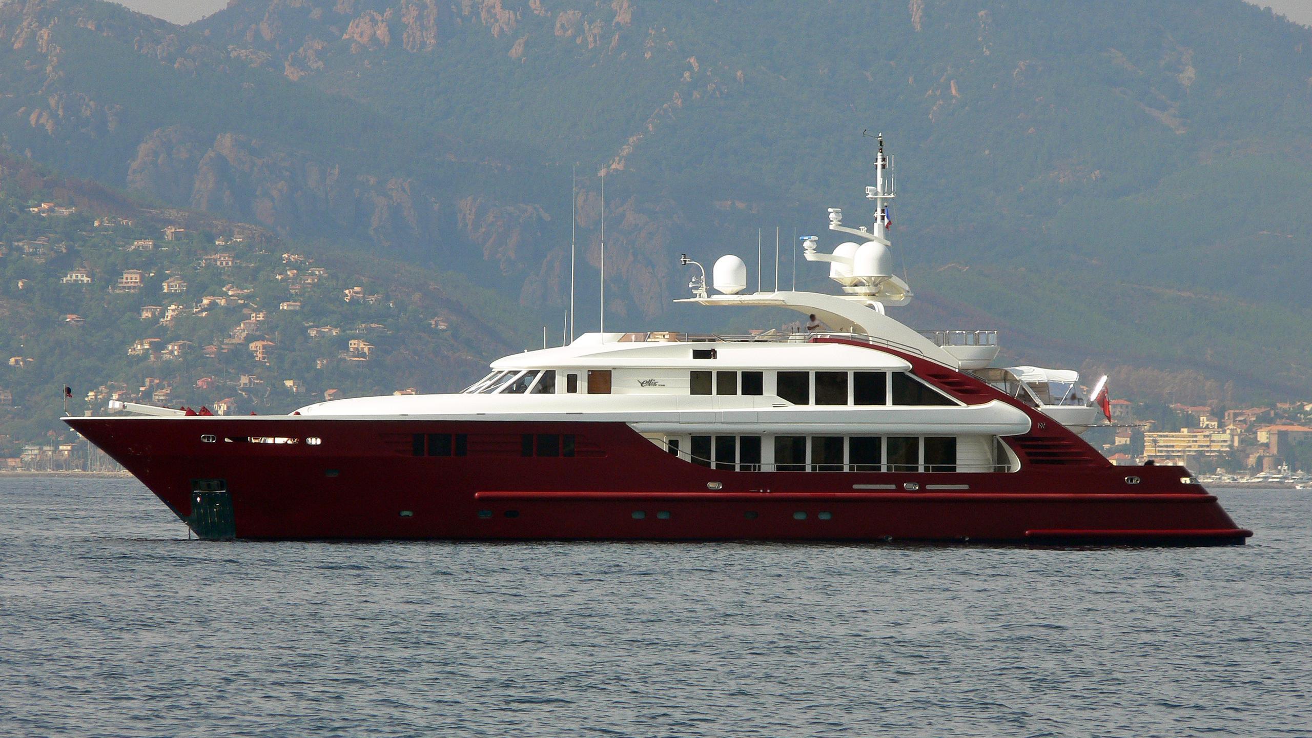 ledra-motor-yacht-isa-470-2004-47m-profile-before-refit