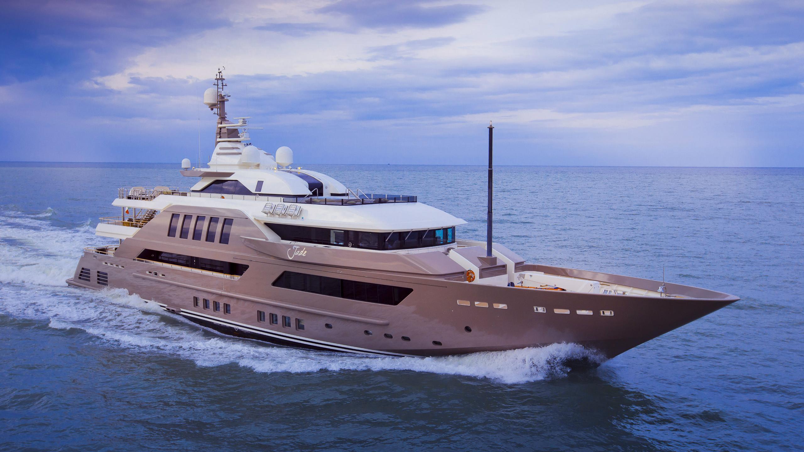 j-ade-motor-yacht-crn-2013-58m-cruising