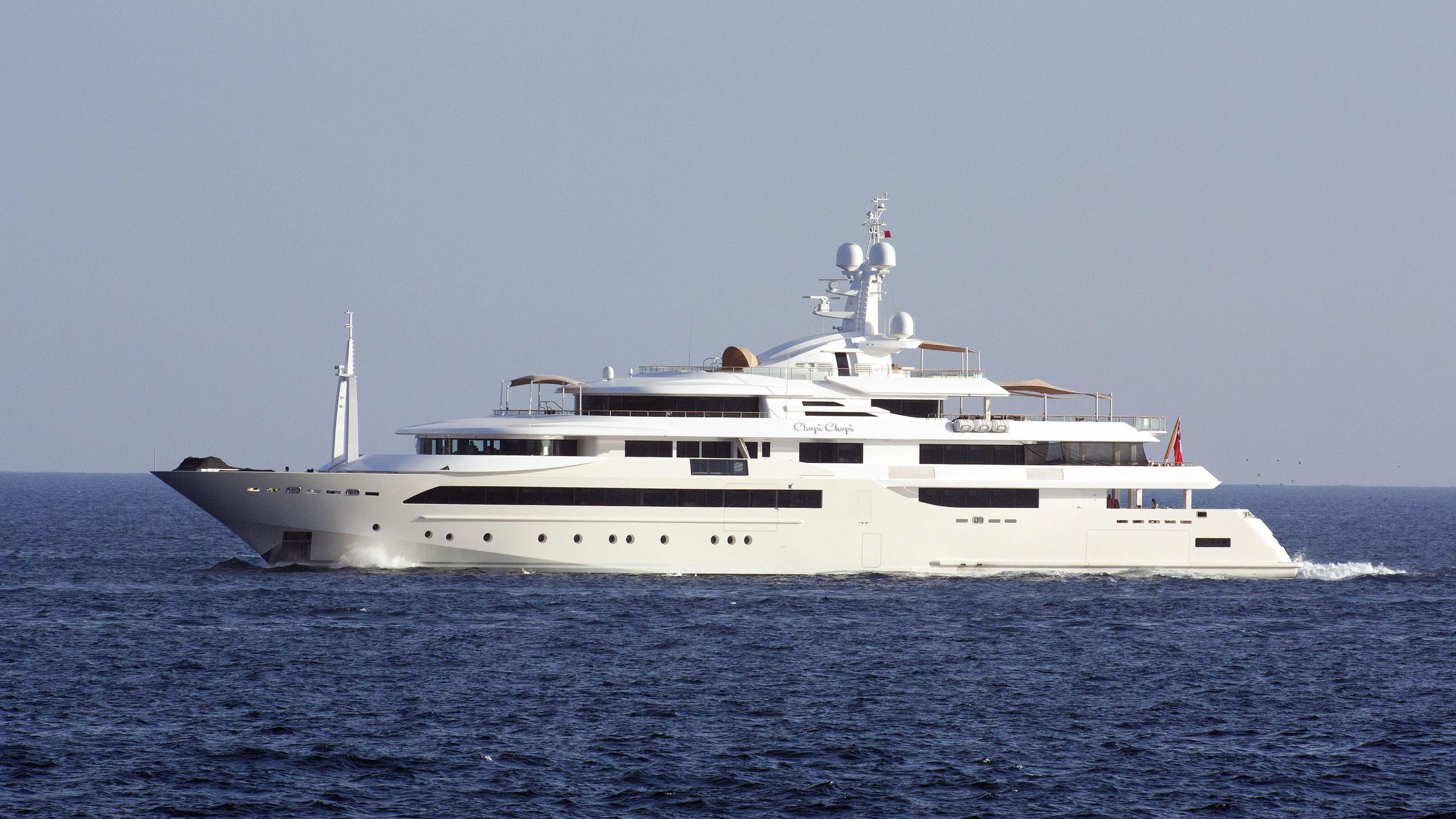 chopi-chopi-motor-yacht-crn-2013-80m-profile-distance