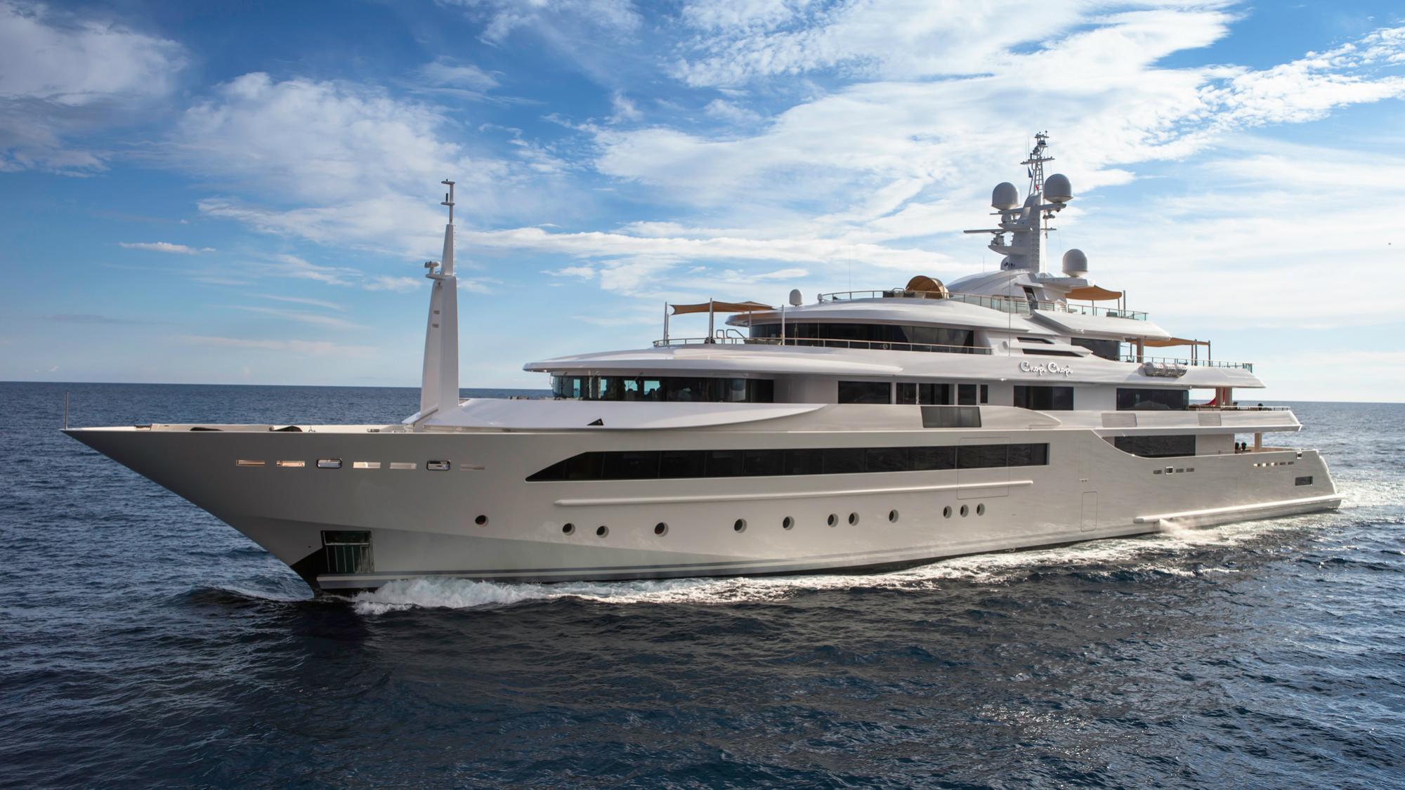 chopi-chopi-motor-yacht-crn-2013-80m-bow