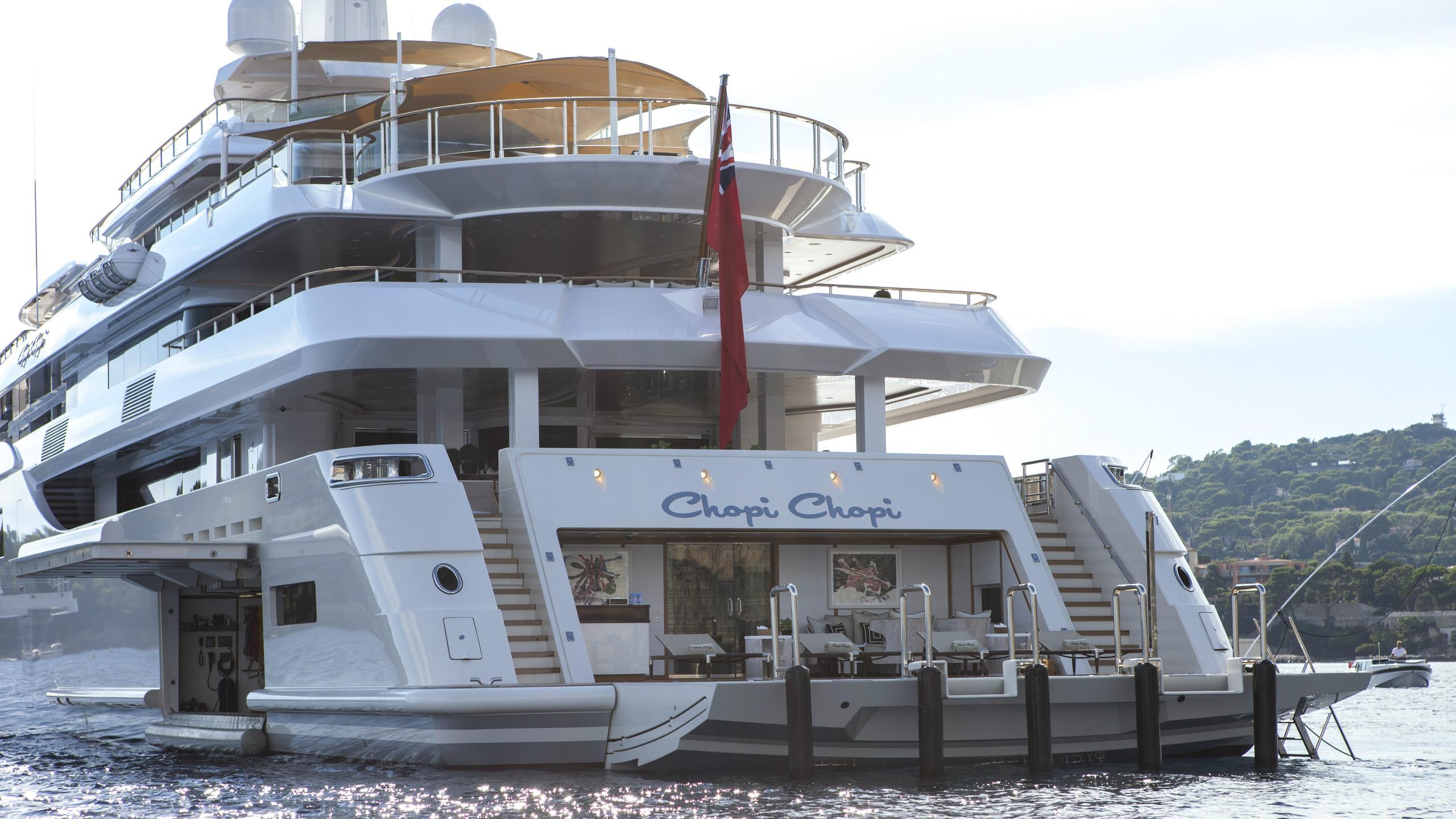 chopi-chopi-motor-yacht-crn-2013-80m-beach-club-garage