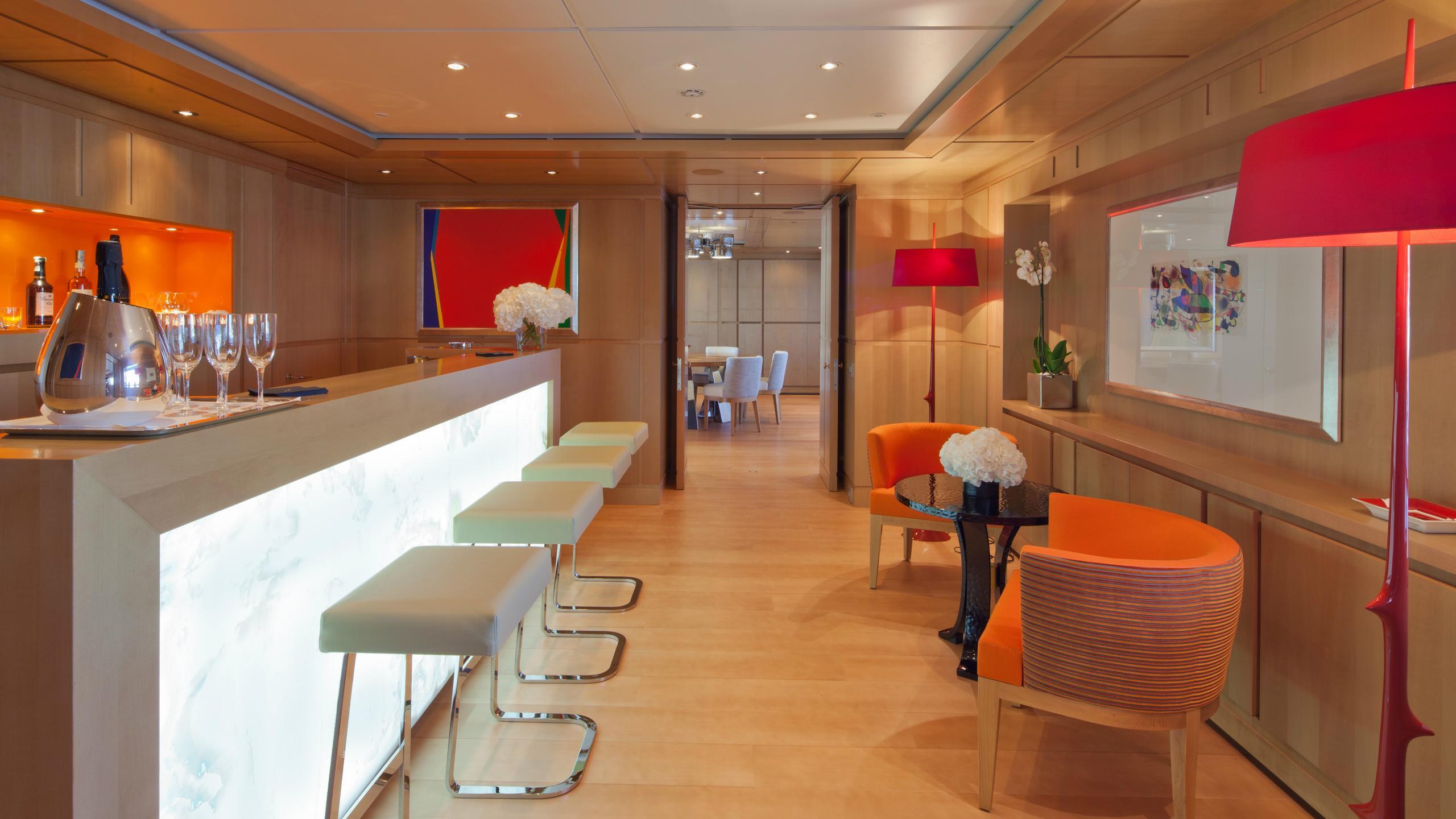 chopi-chopi-motor-yacht-crn-2013-80m-american-bar-upper-deck