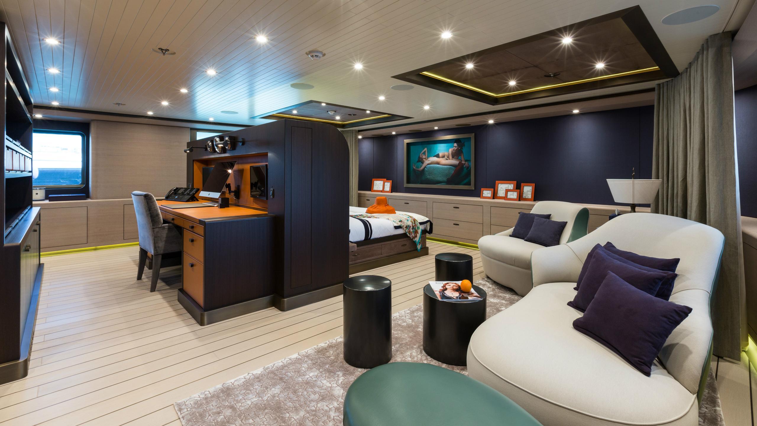 gene-machine-motor-yacht-amels-le-180-2013-55m-master-cabin