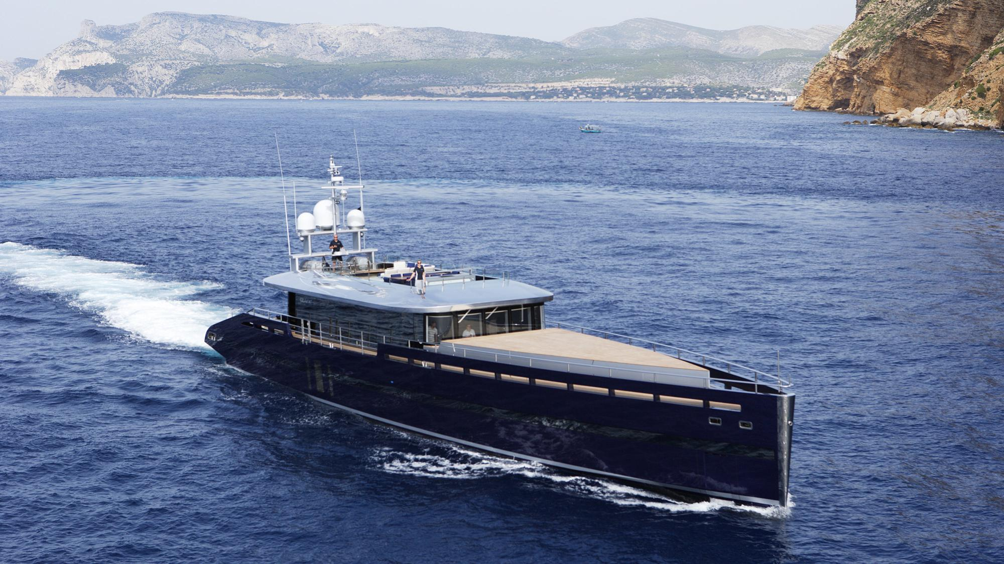 blade-motor-yacht-mmgi-2010-44m-half-profile-cruising