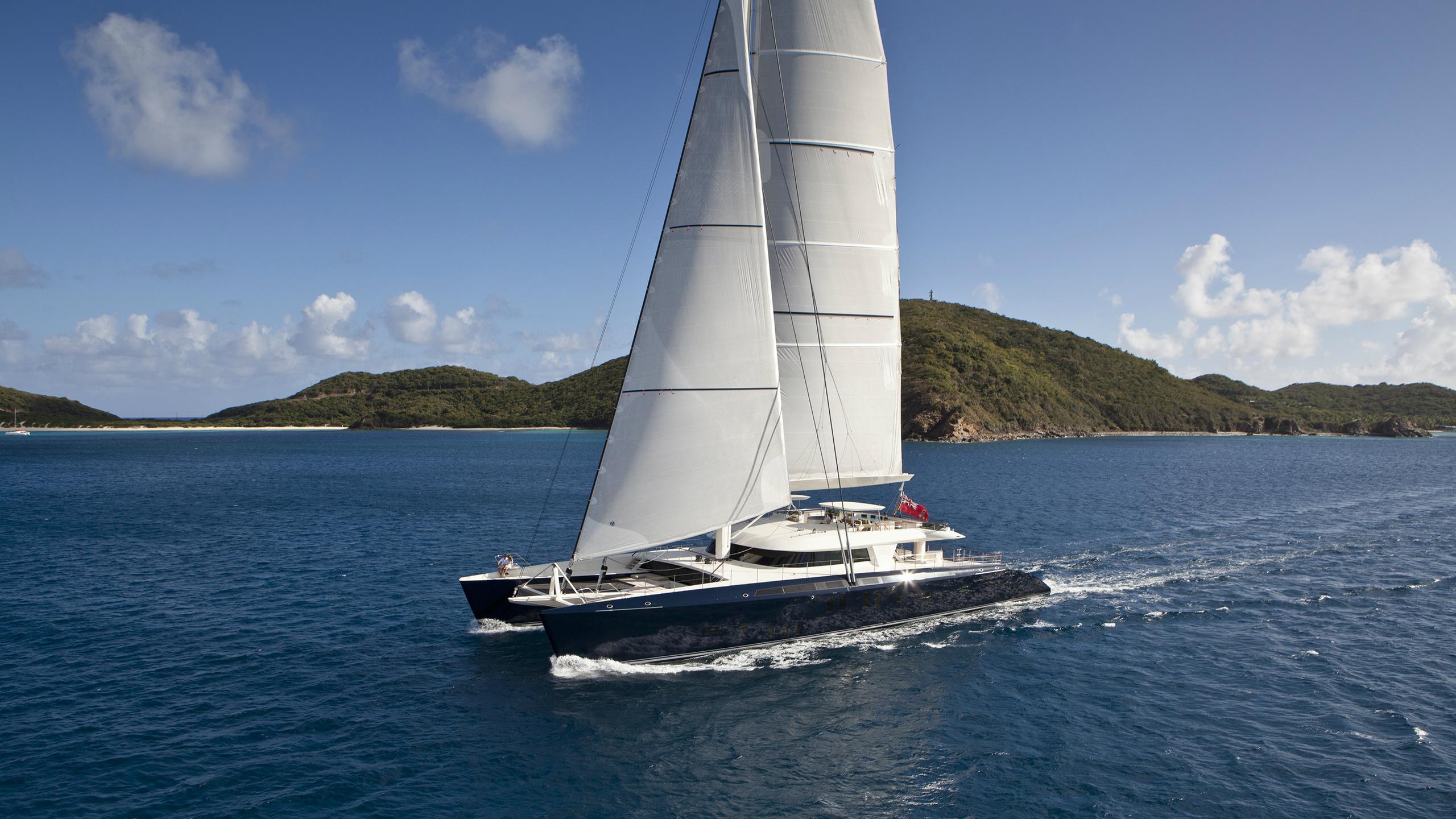 hemisphere-sailing-yacht-pendennis-2011-44m-cruising