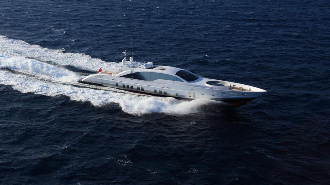 double-shot-motor-yacht-tenomar-2011-36m-cruising