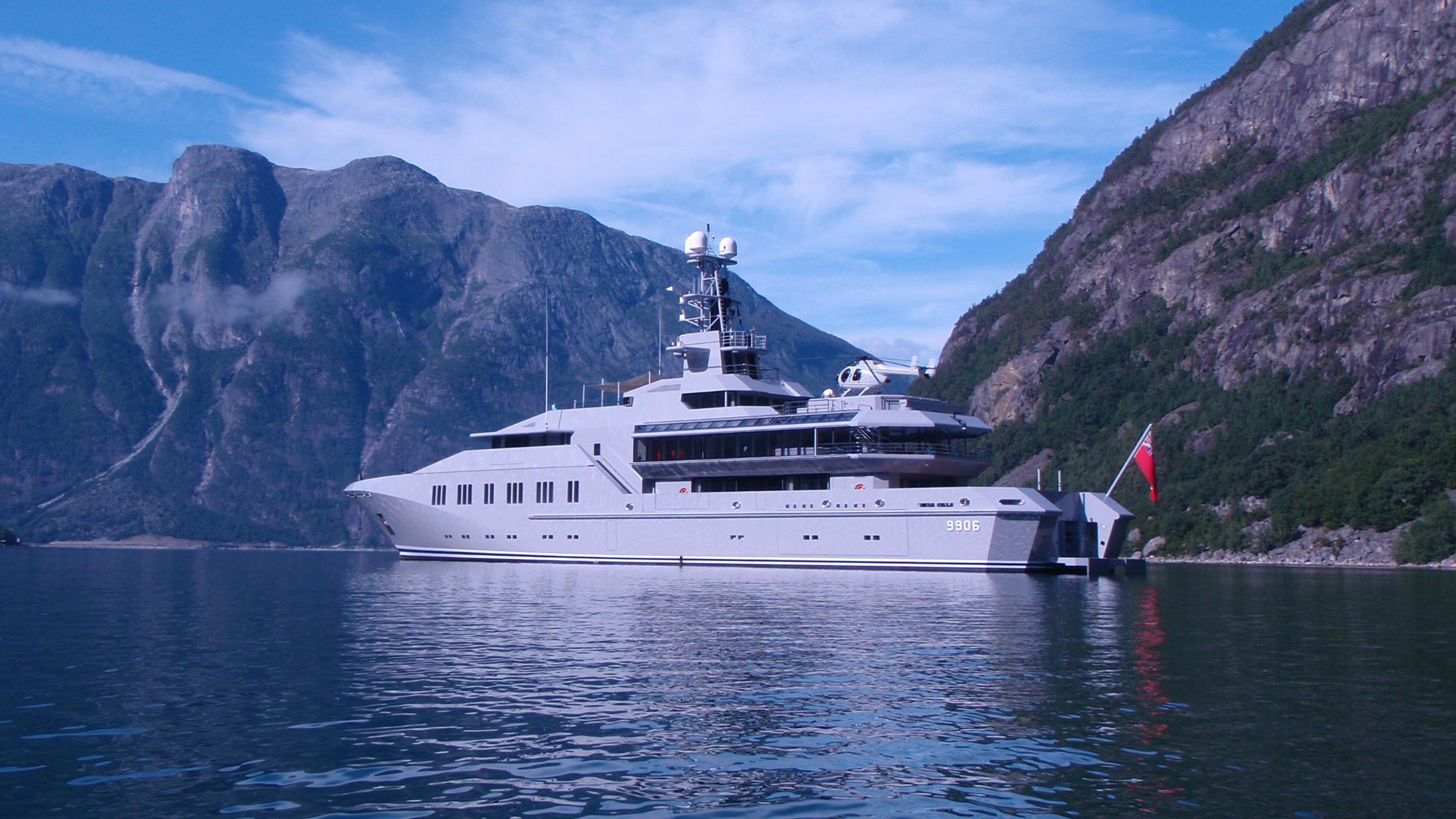 skat-explorer-yacht-lurssen-2002-71m-fjord-profile