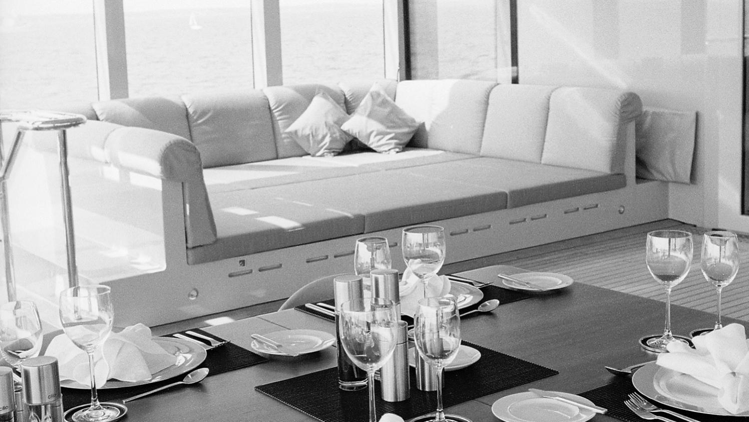 skat-explorer-yacht-lurssen-2002-71m-dining-room