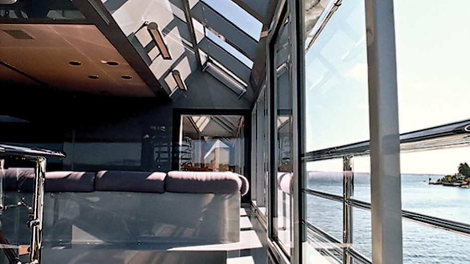 skat-explorer-yacht-lurssen-2002-71m-glass-wall