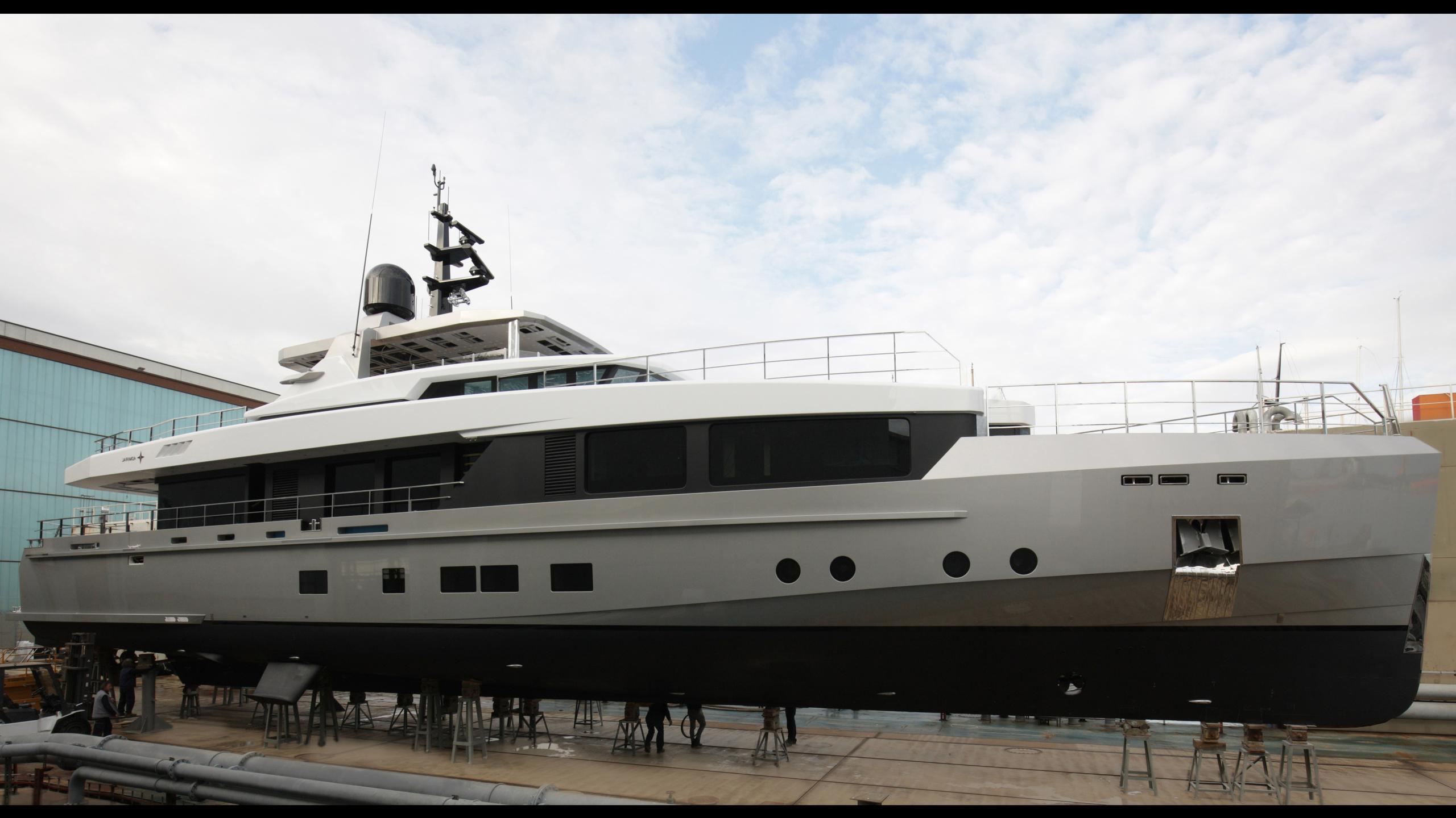 tremenda-motoryacht-admiral-2016-38m-profile-launch