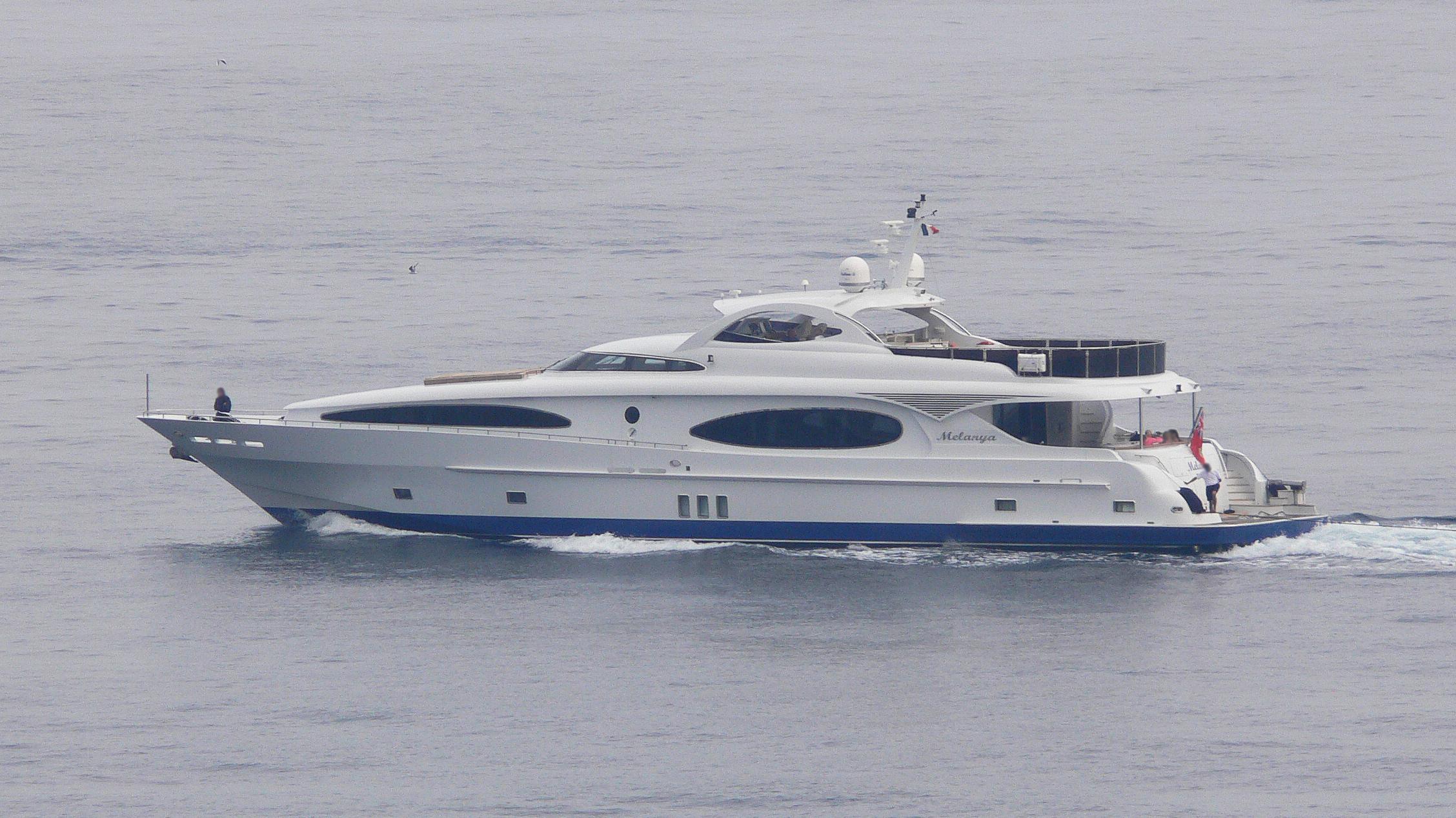 melanya-motor-yacht-gulf-craft-majesty-118-2006-36m-profile