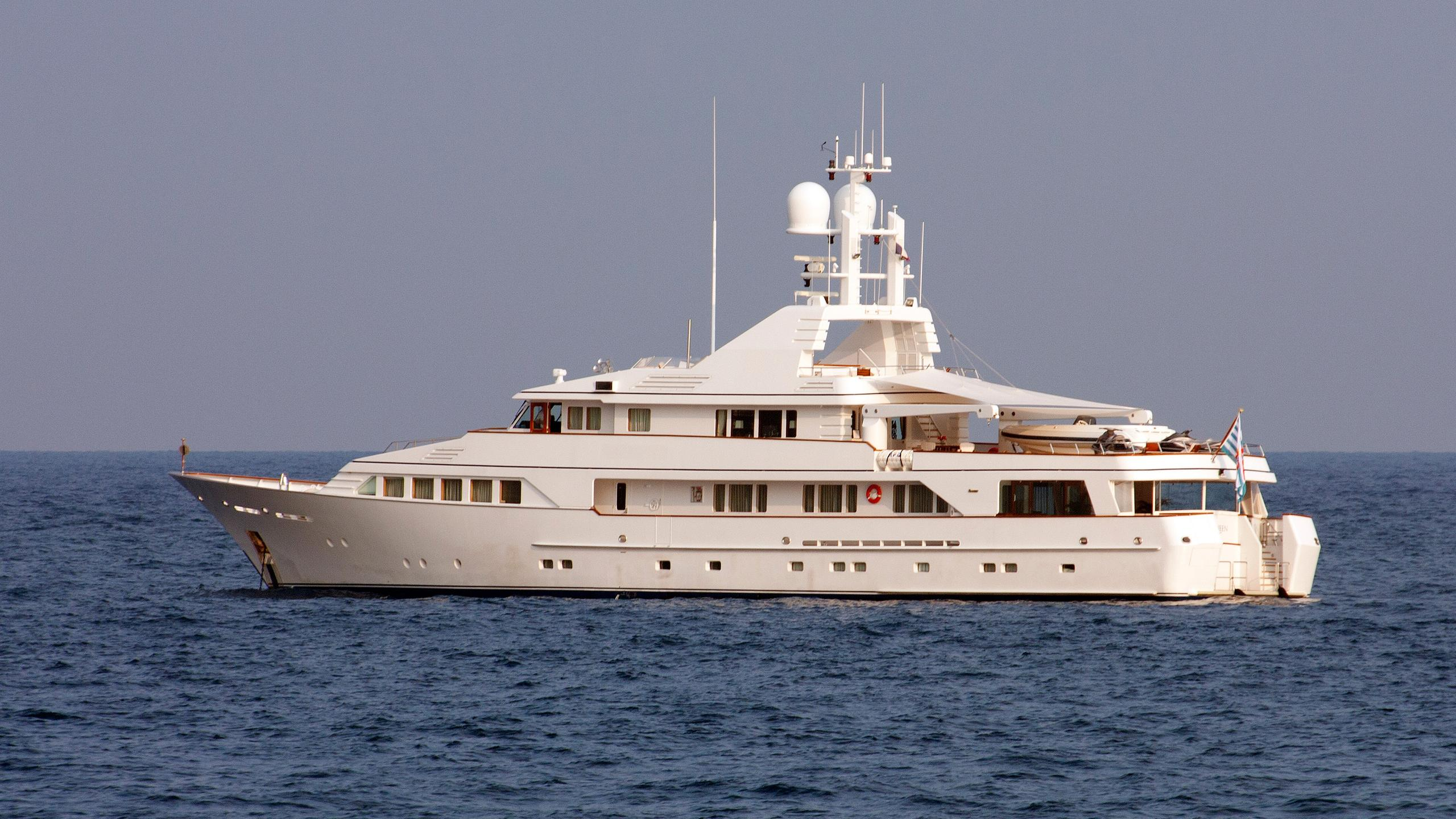 mq2-motor-yacht-fedship-1990-49m-profile