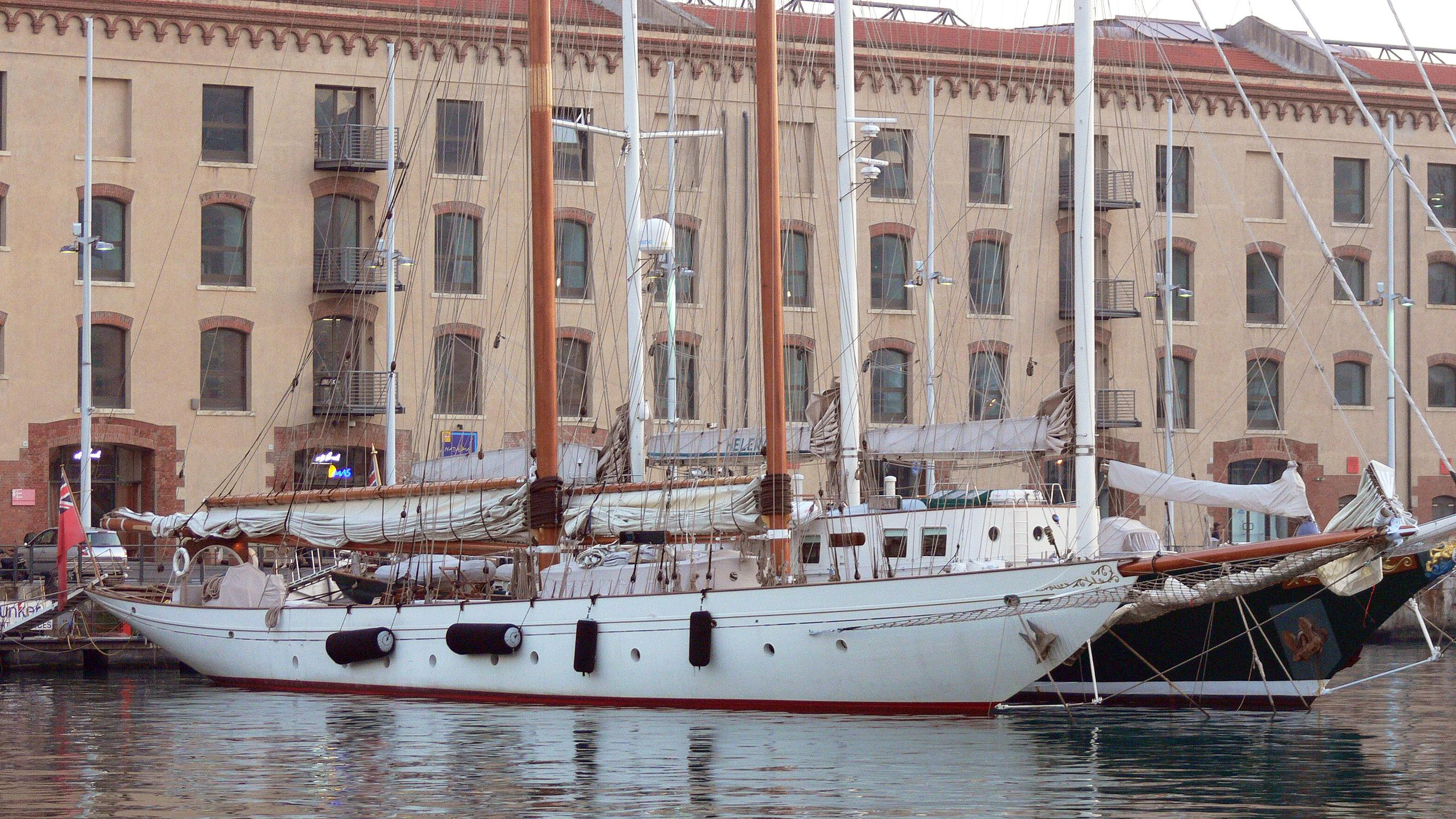 orion-sailing-yacht-camper-ncholsons-1910-45m-half-profile