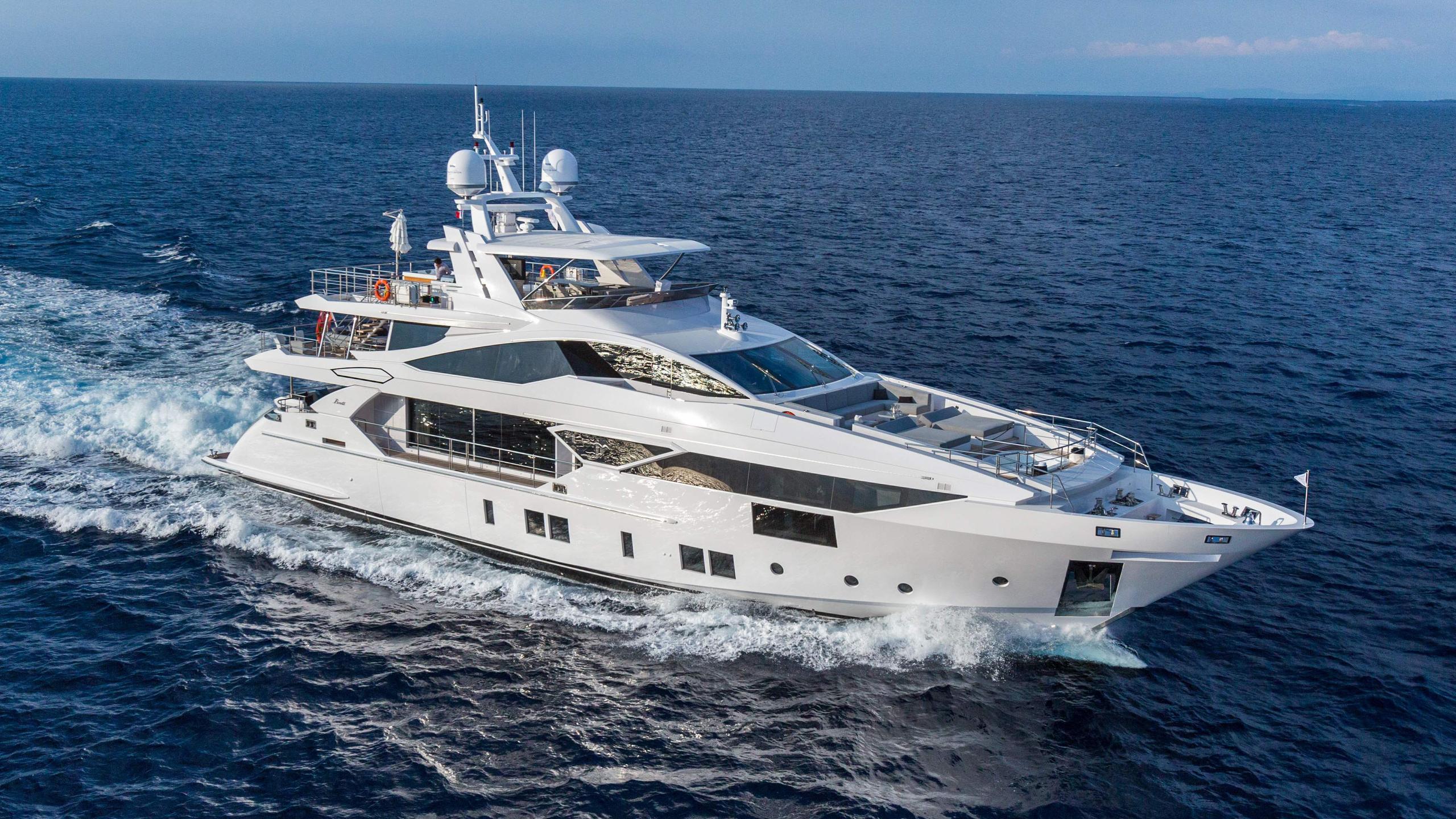 constance joy motoryacht benetti vivace 125 2016 38m running half profile sistership