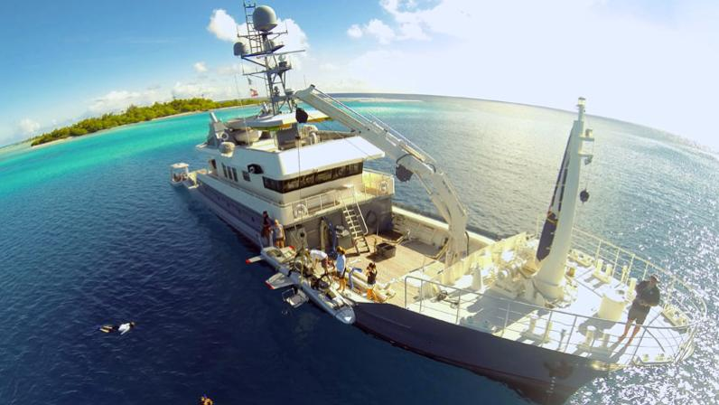 dr-no-explorer-yacht-narasaki-1995-37m-aerial