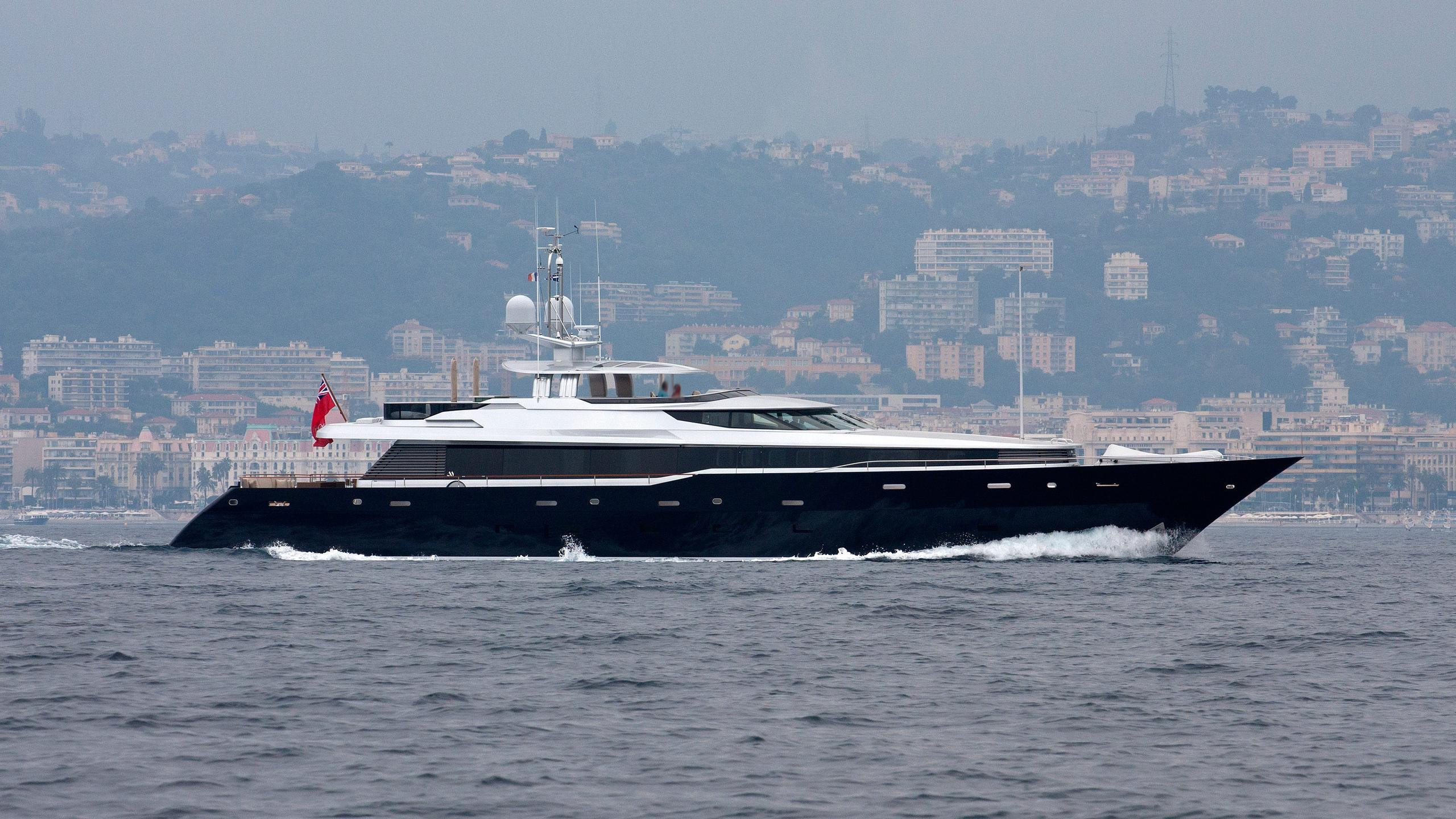 gazelle-polly-motor-yacht-alloy-2007-41m-profile