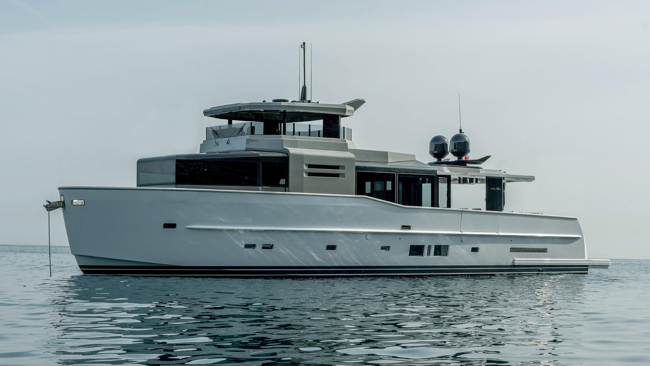 arcadia-85s-hull-1-motoryacht-arcadia-yachts-2016-26m-profile